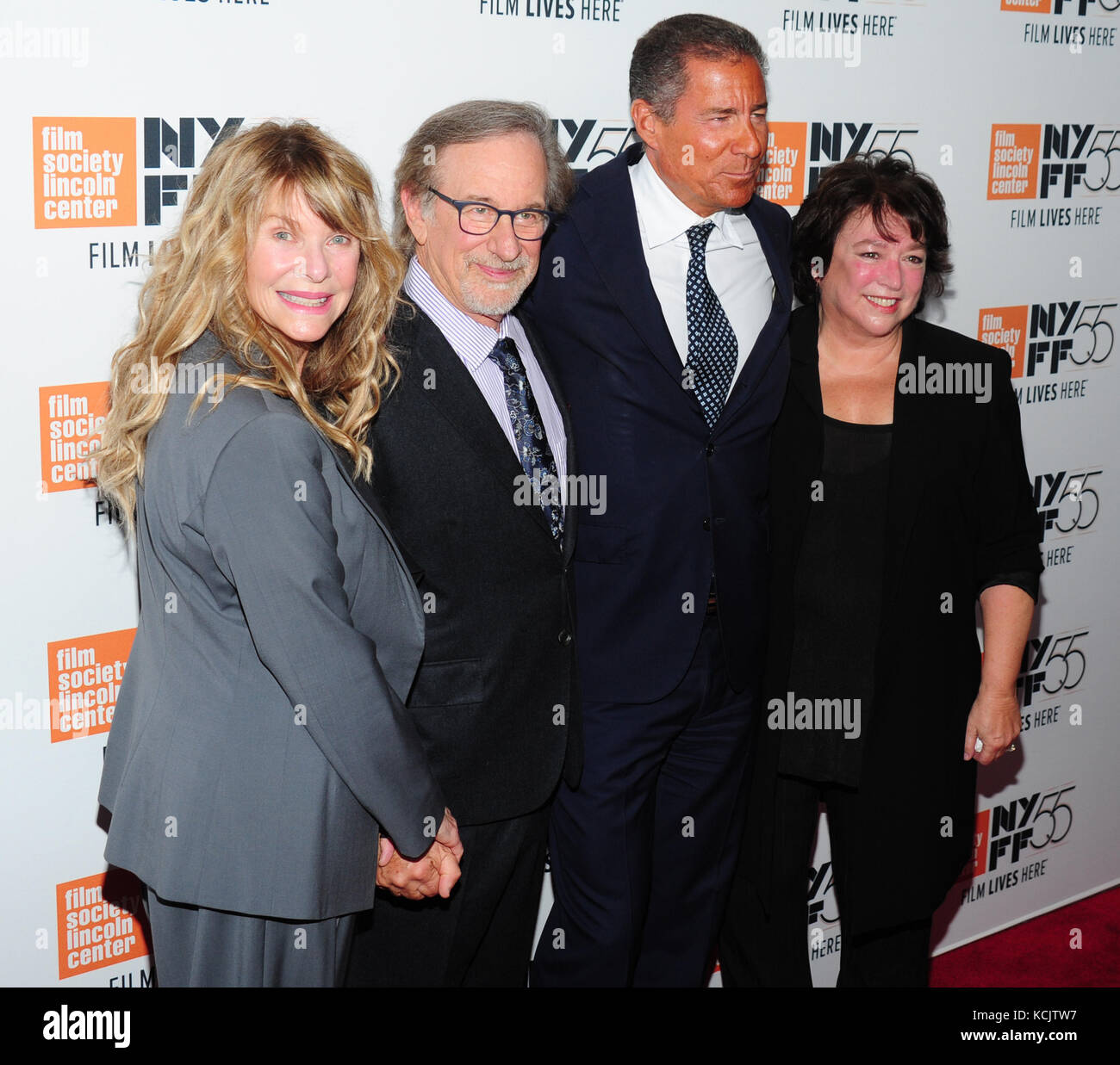 New York, USA. 05th Oct, 2017. New York, NY, USA. 5th Oct, 2017. Kate Capshaw, Steven Spielberg, Richard Plepler, - Stock Image