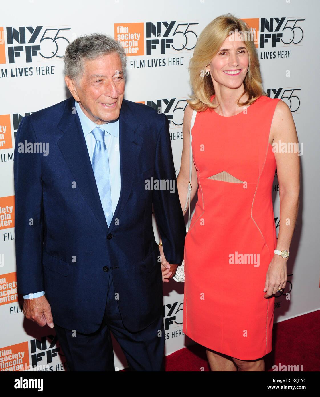 New York, USA. 05th Oct, 2017. New York, NY, USA. 5th Oct, 2017. Tony Bennett, Susan Crow attends 55th New York - Stock Image