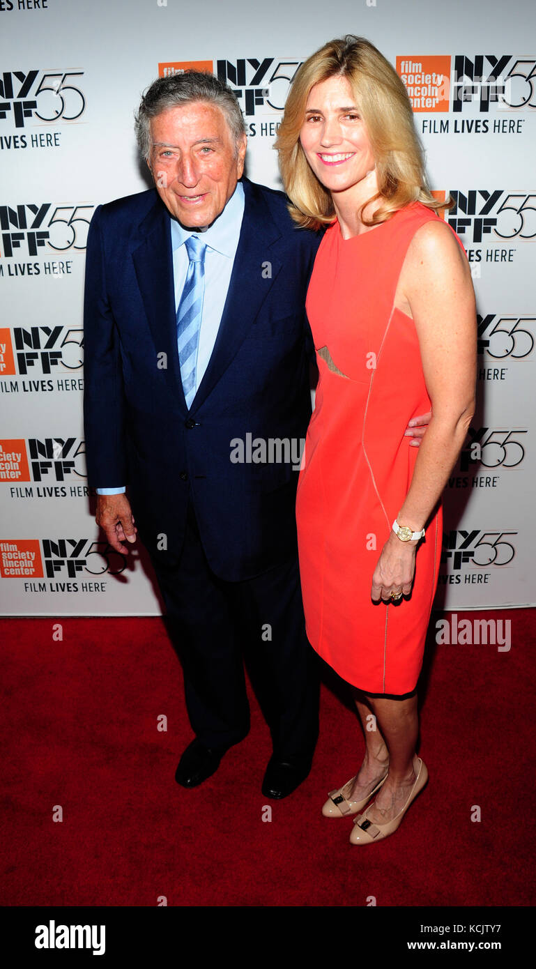 New York, USA. 05th Oct, 2017. New York, NY, USA. 5th Oct, 2017. Tony Bennett, Susan Crow attends 55th New York - Stock Image