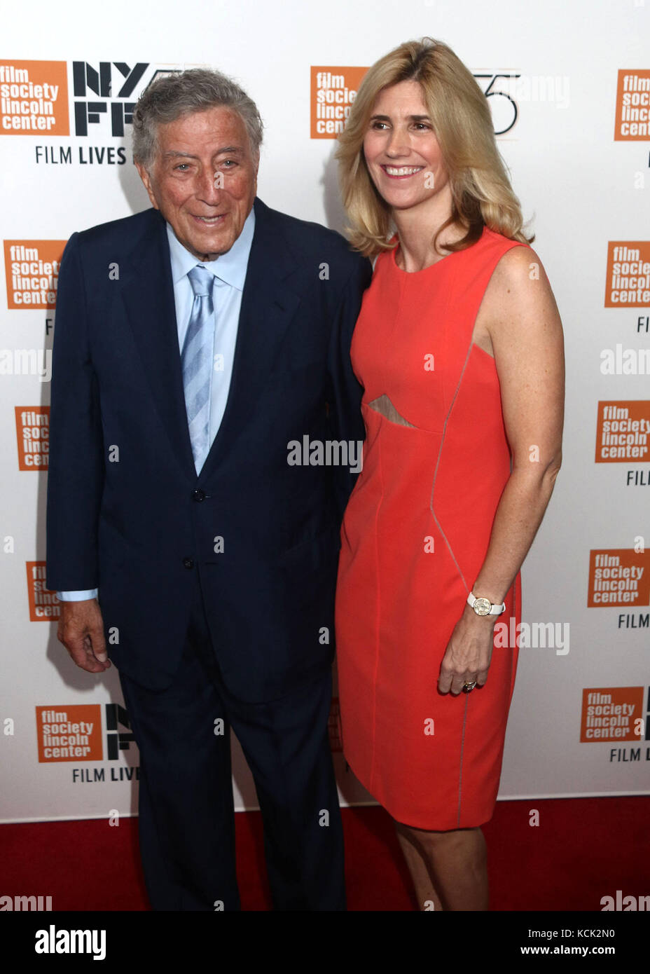 New York, New York, USA. 5th Oct, 2017. Singer TONY BENNETT and SUSAN CROW attend the 55th New York Film Festival - Stock Image