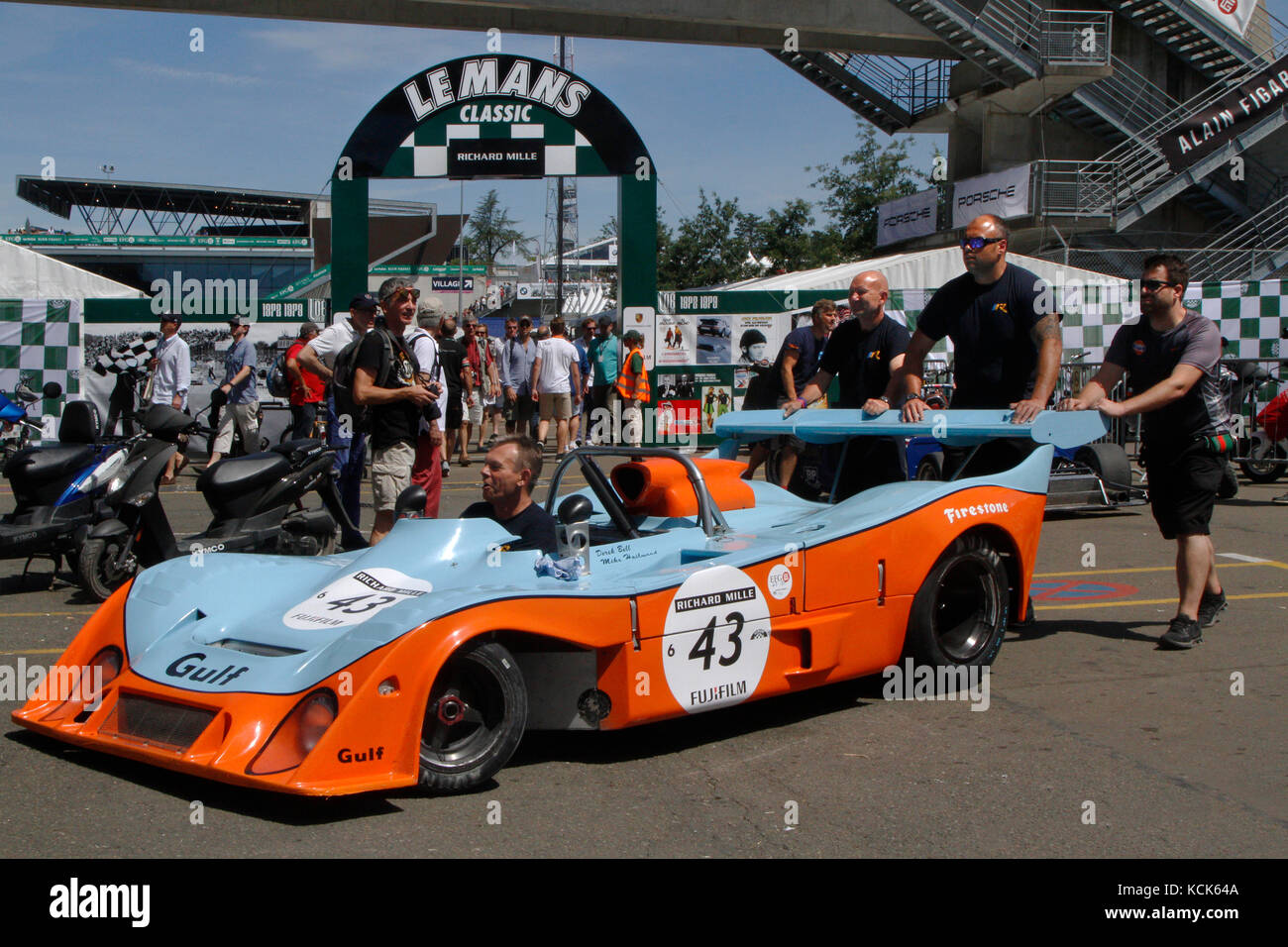 le mans classic stock photos le mans classic stock images alamy. Black Bedroom Furniture Sets. Home Design Ideas