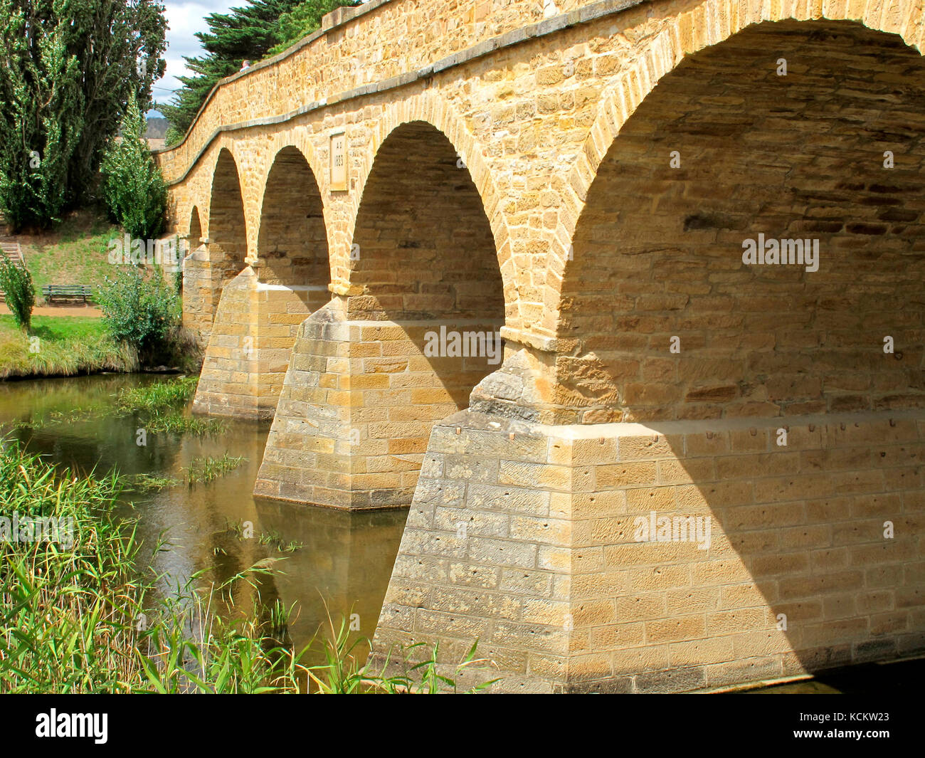 Richmond Bridge, oldest bridge in Australia, built by convicts in 1823-25. The breakwaters were added in 1884. Richmond, - Stock Image