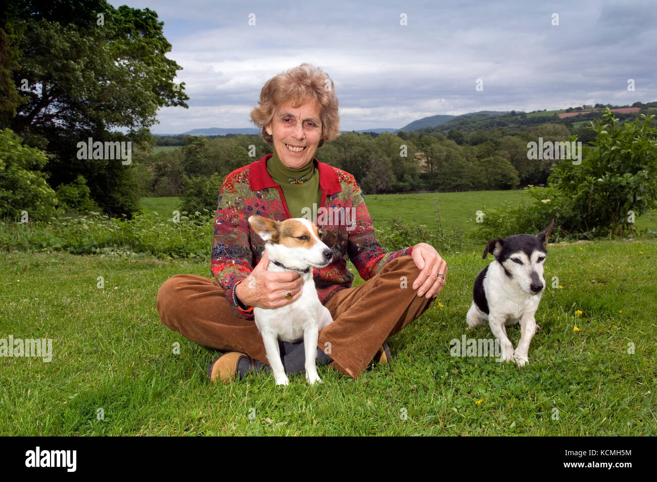 Revel Guest, filmmaker, author, journalist and chair of the Hay Festival (site seen behind some pictures) - Stock Image