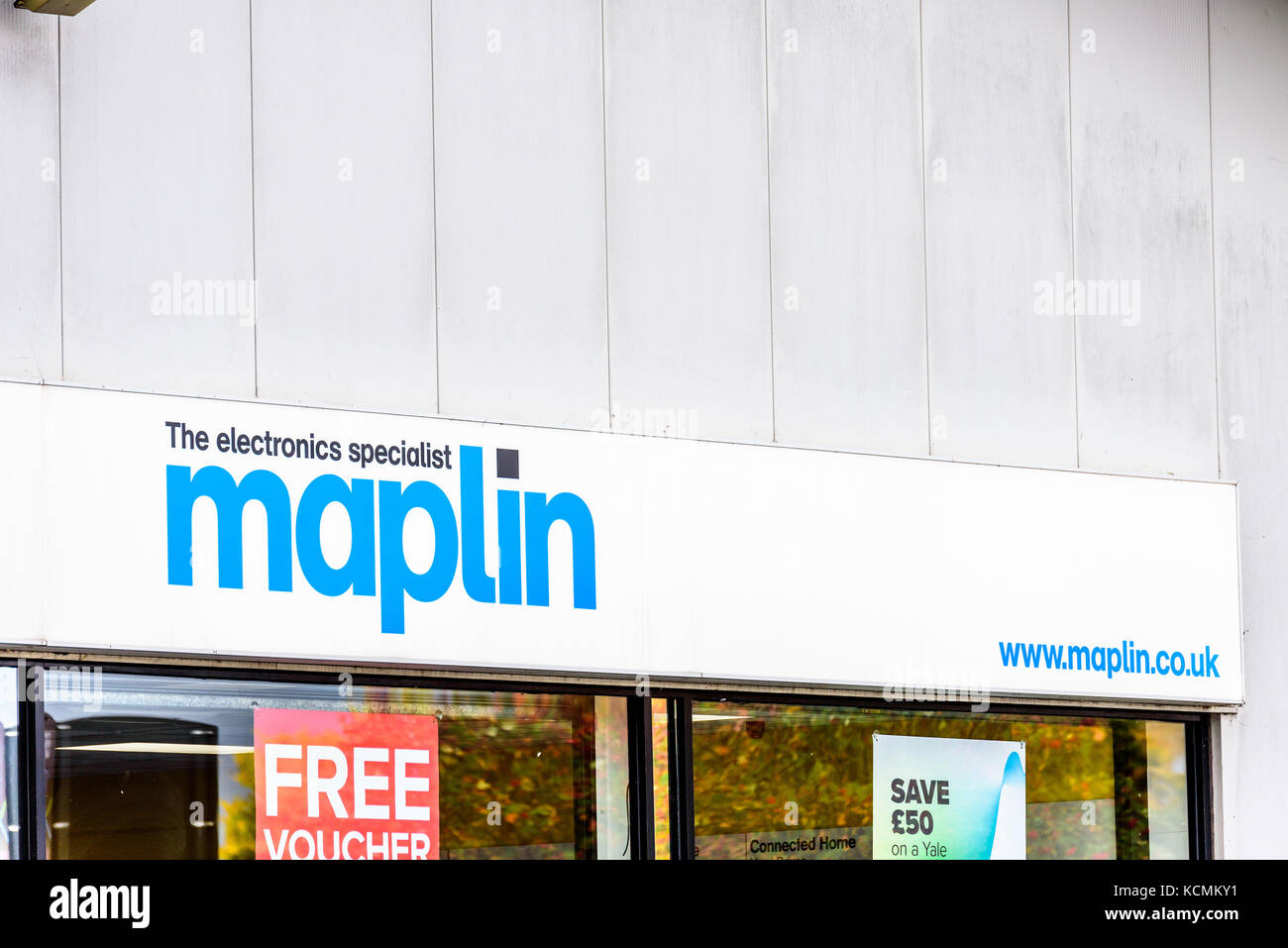 Northampton UK October 5, 2017: Maplin logo sign in Northampton town centre. - Stock Image