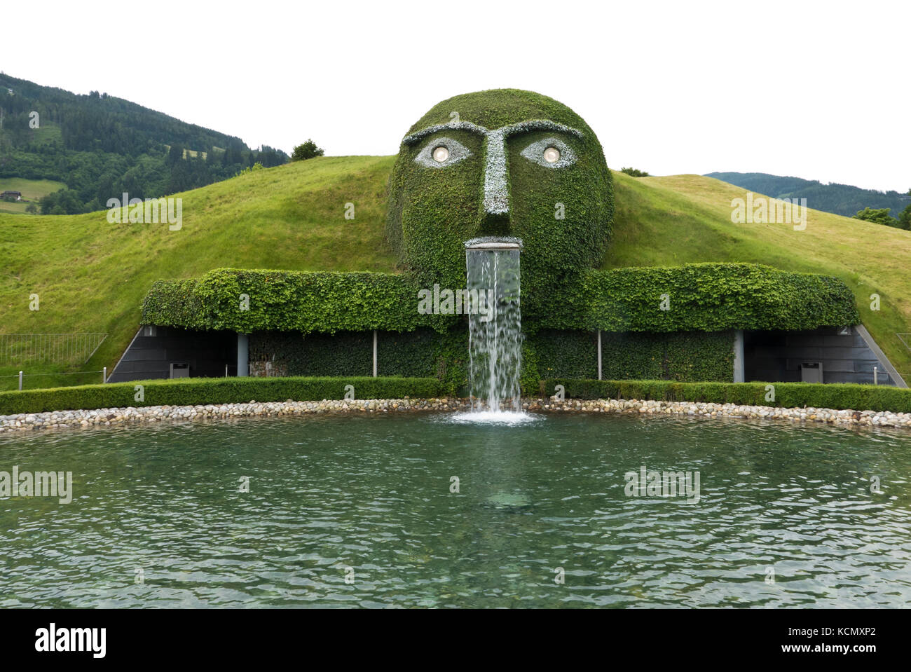 ca818013226056 The Giant face at the entrance to the Swarovski Crystal Worlds Stock ...