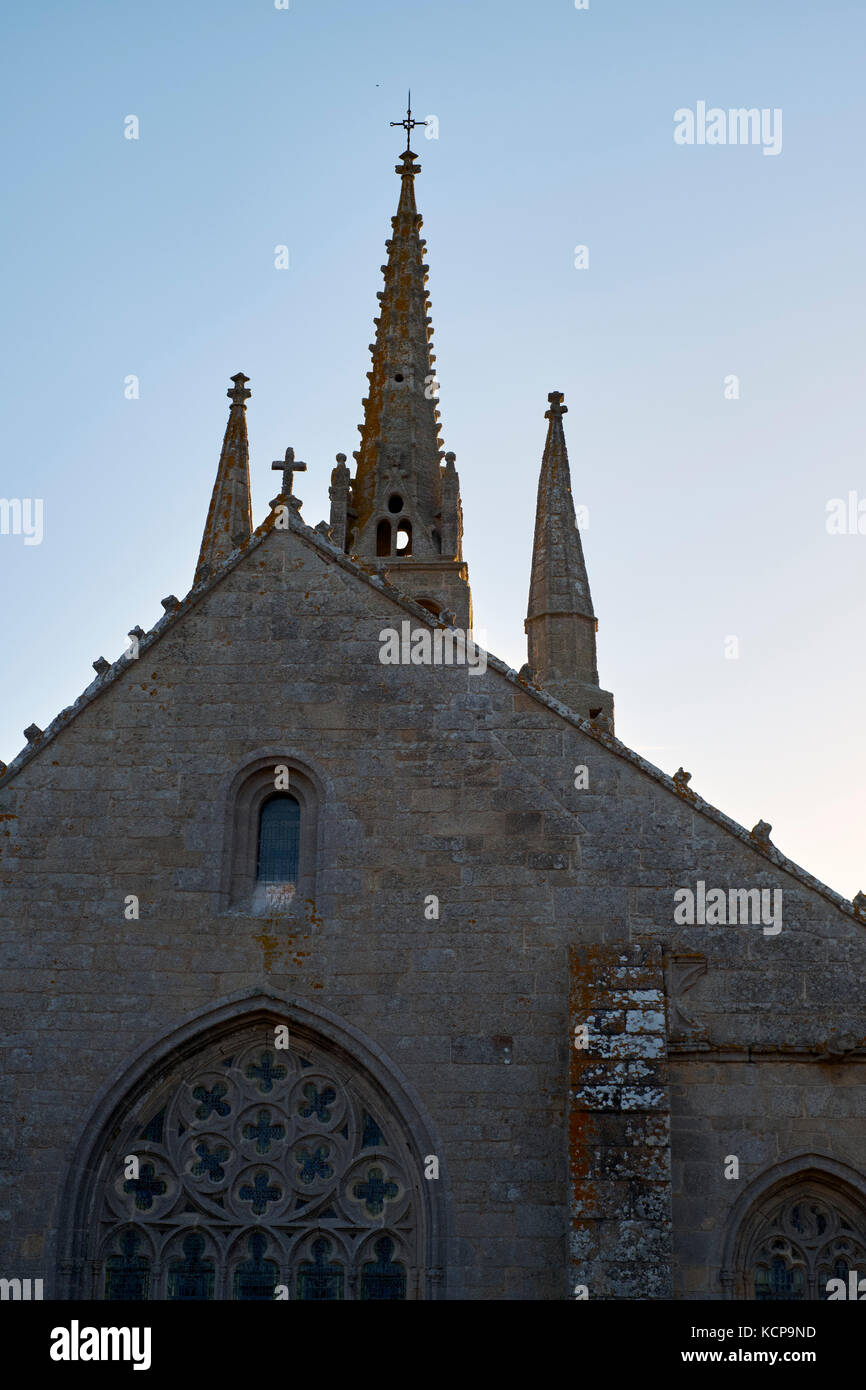 The Gothic central spires of Notre Dame de Tronoen Finistere Brittany France - Stock Image