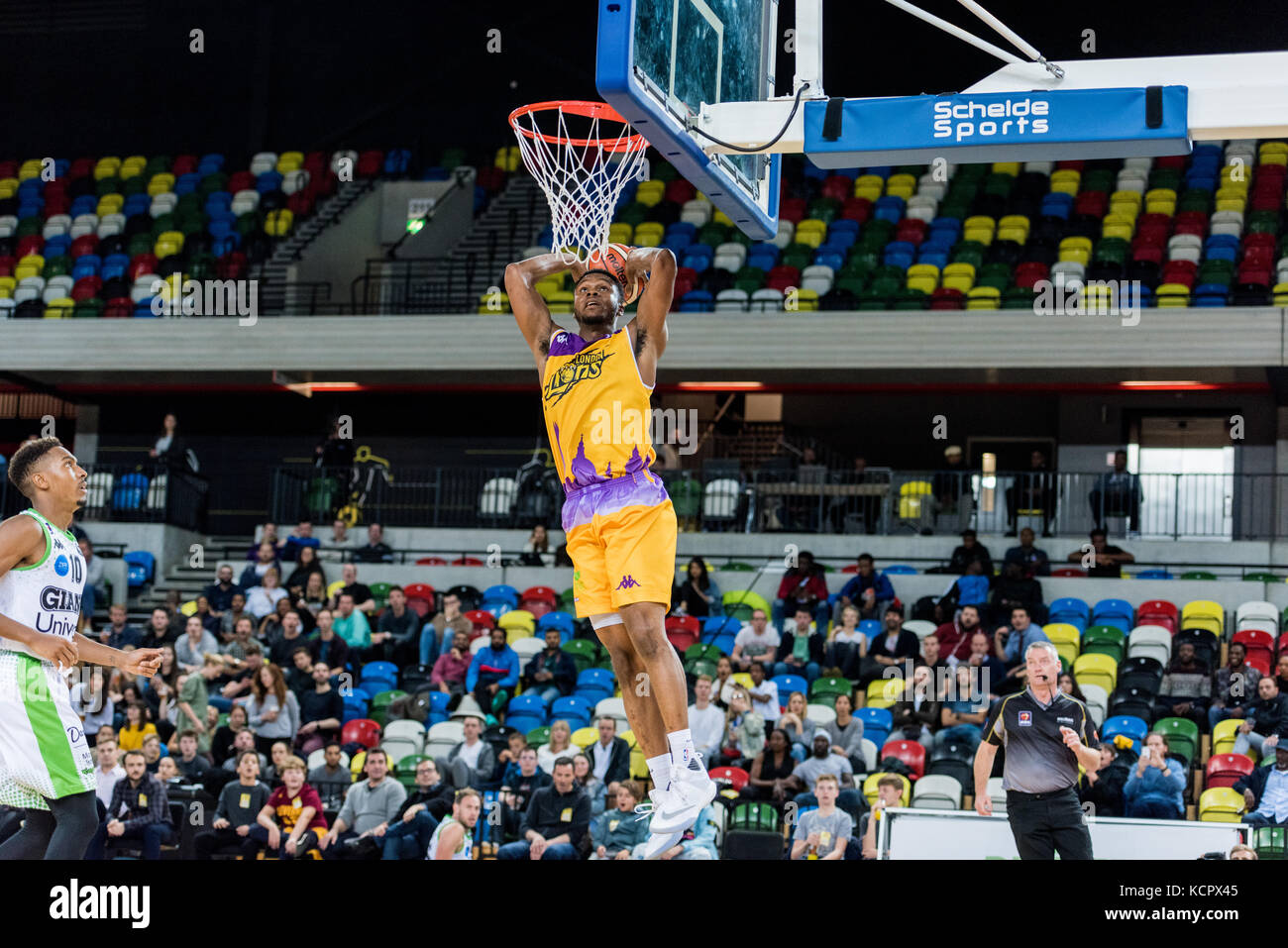 London, UK. 06th Oct, 2017. BBL: London Lions vs Manchester Giants at The Copper Box Arena London Lions vs Manchester - Stock Image