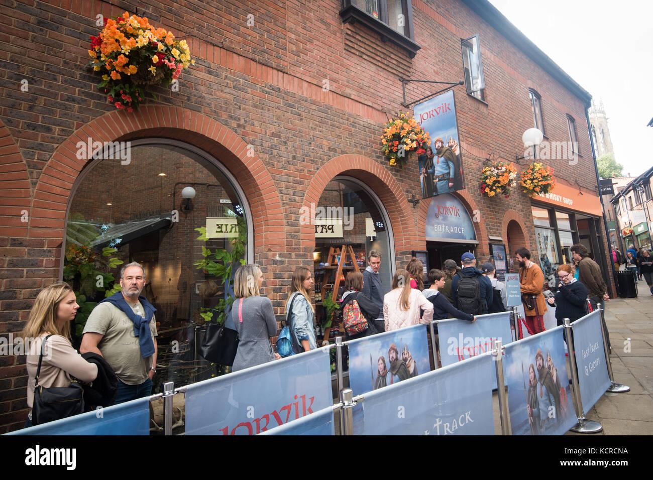 Tourists outside the Jorvik Viking Centre in York Stock Photo
