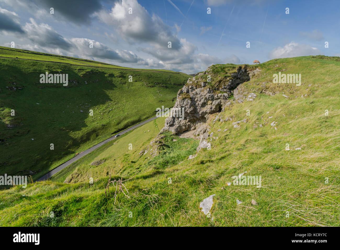 Winnats Pass Peak District National Park - Stock Image