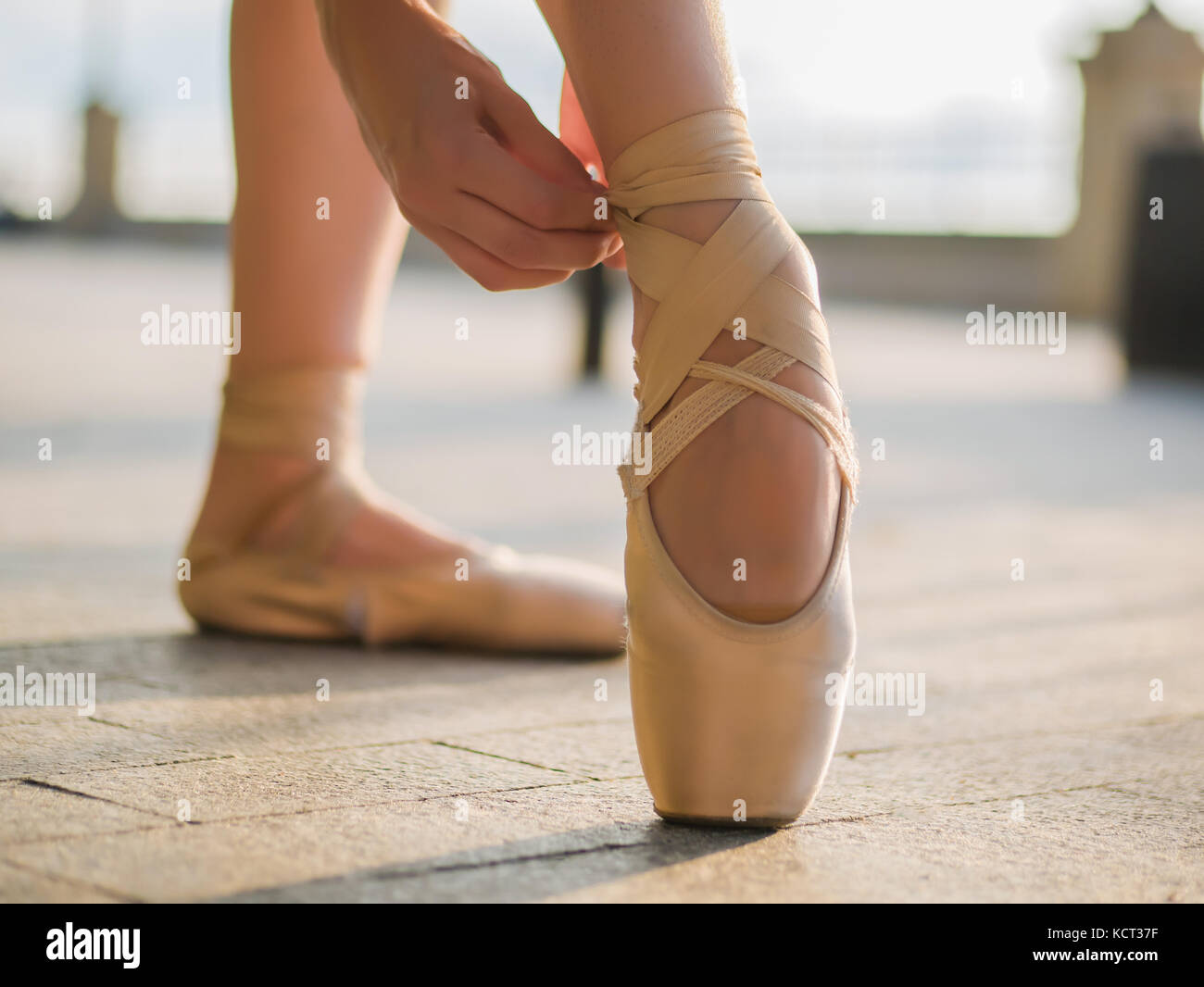 Close Up Of A Ballet Dancer S Feet As She Practices Pointe Exercises Stock Photo Alamy