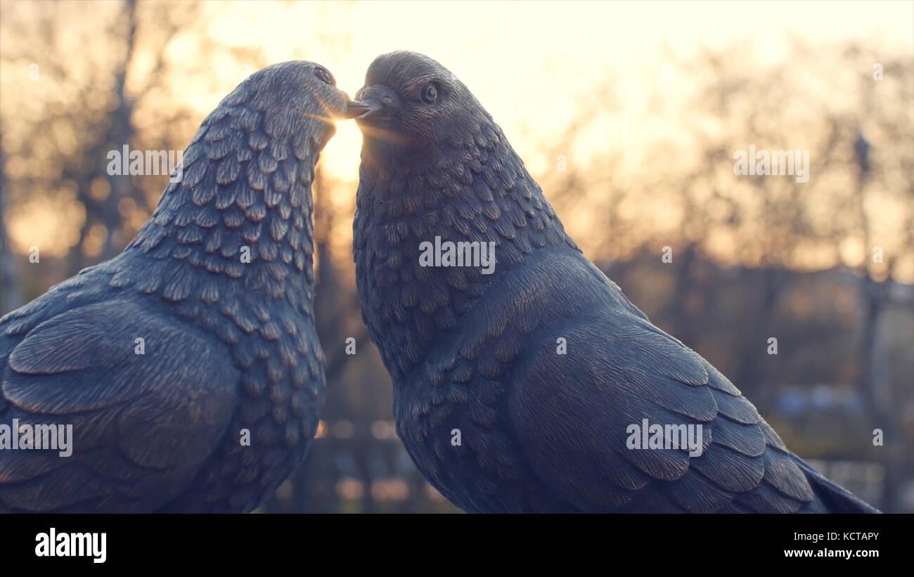 Bird Figurines Stock Photos & Bird Figurines Stock Images
