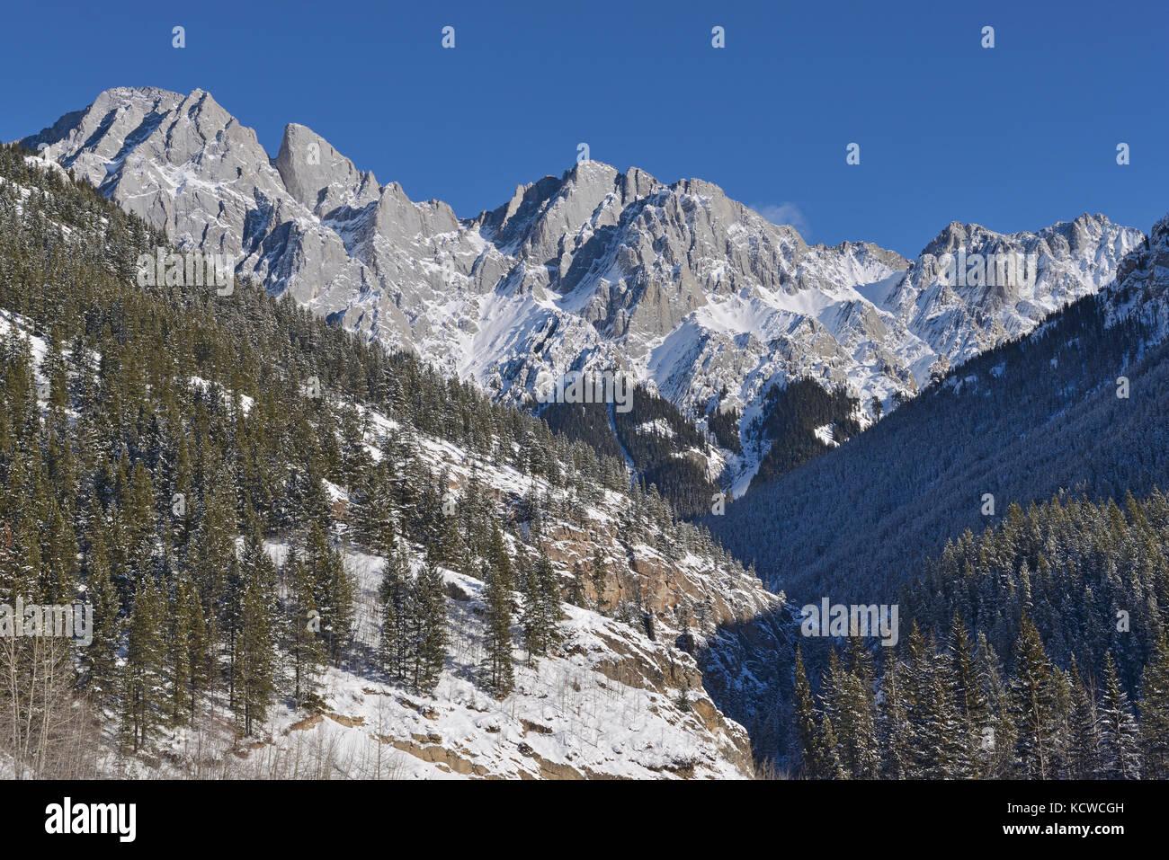 Canadian Rockies in winter. Highwood Pass, Kananaskis Country, Alberta, Canada - Stock Image