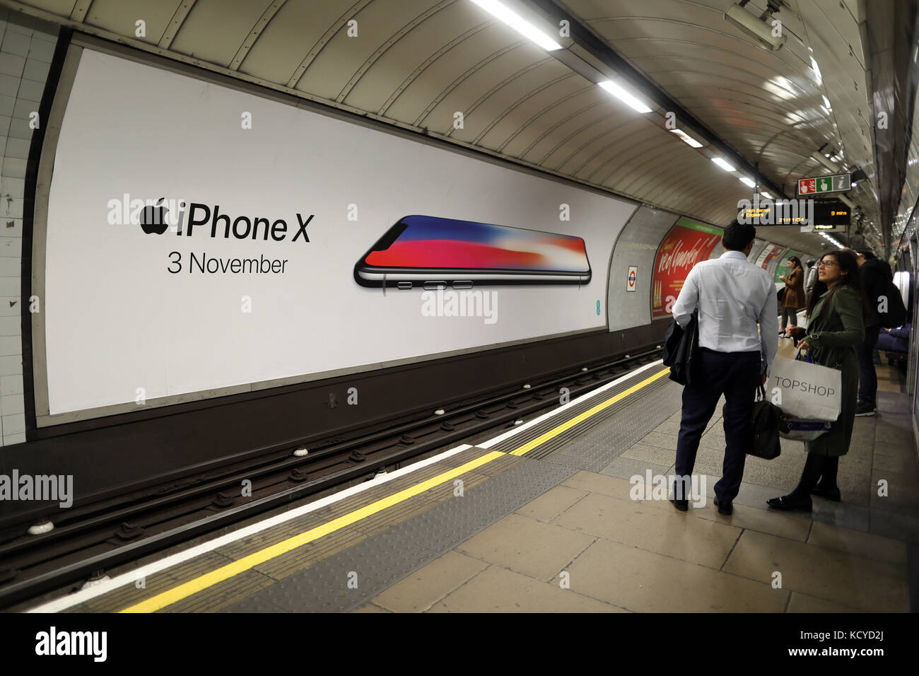 You Tube Advert Stock Photos & You Tube Advert Stock Images - Alamy