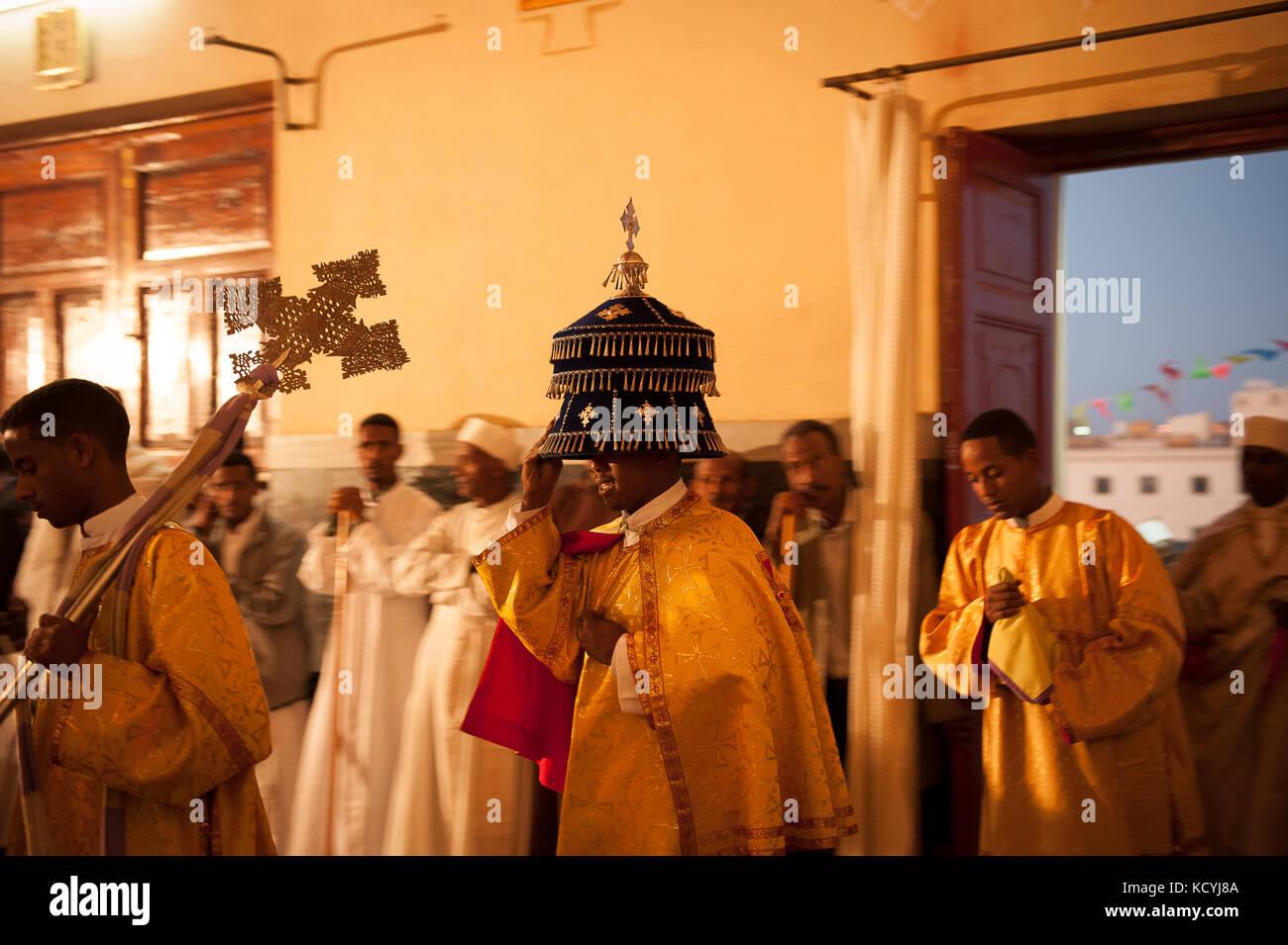 Celebration dans une eglise Chretienne dans la ville d'Asmara, les principales religions en Erythrée sont le christianisme Stock Photo