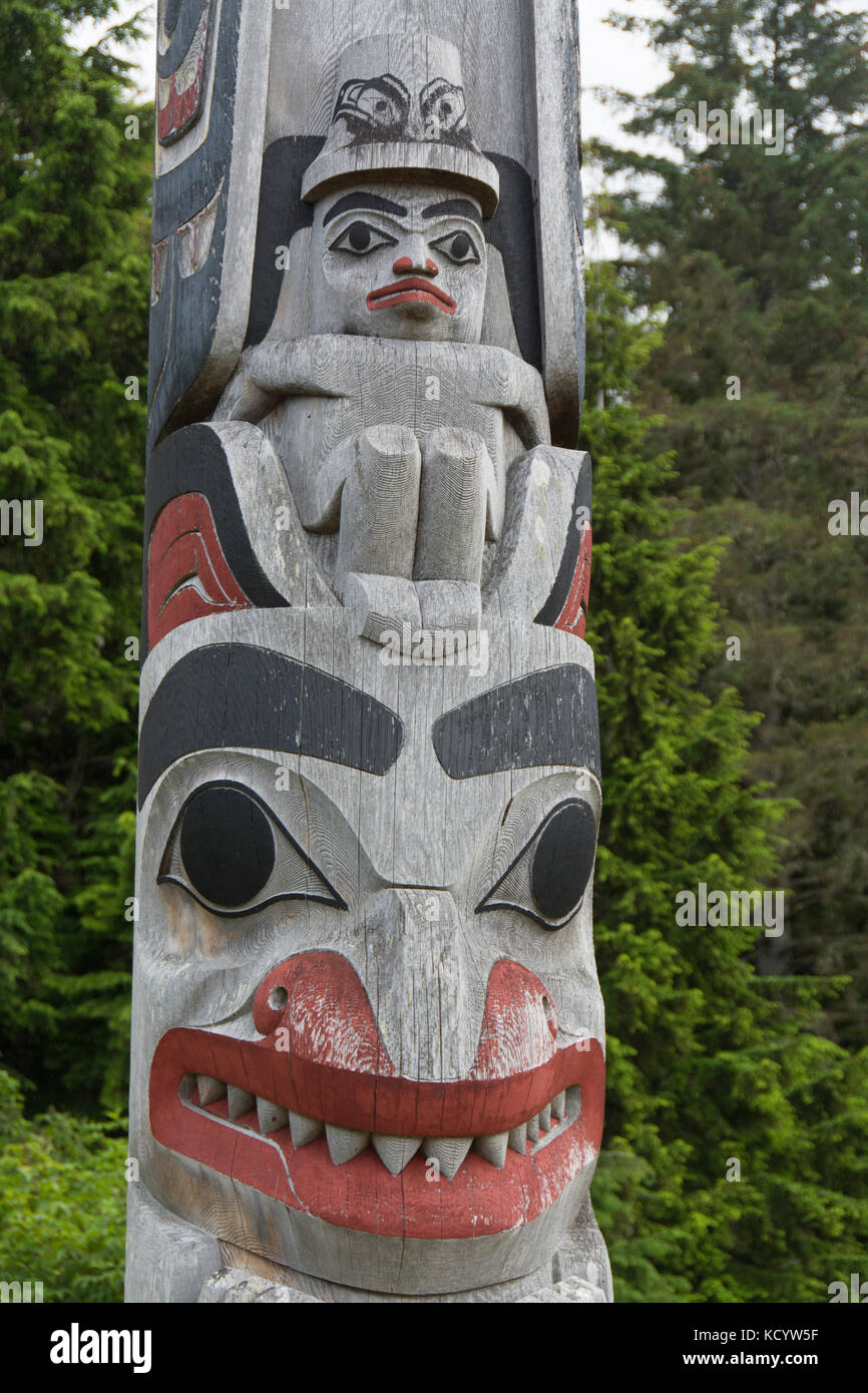 Totem pole detail, Haida Arts & Jewellery, Haida Gwaii, formerly known as Queen Charlotte Islands, British Columbia, - Stock Image