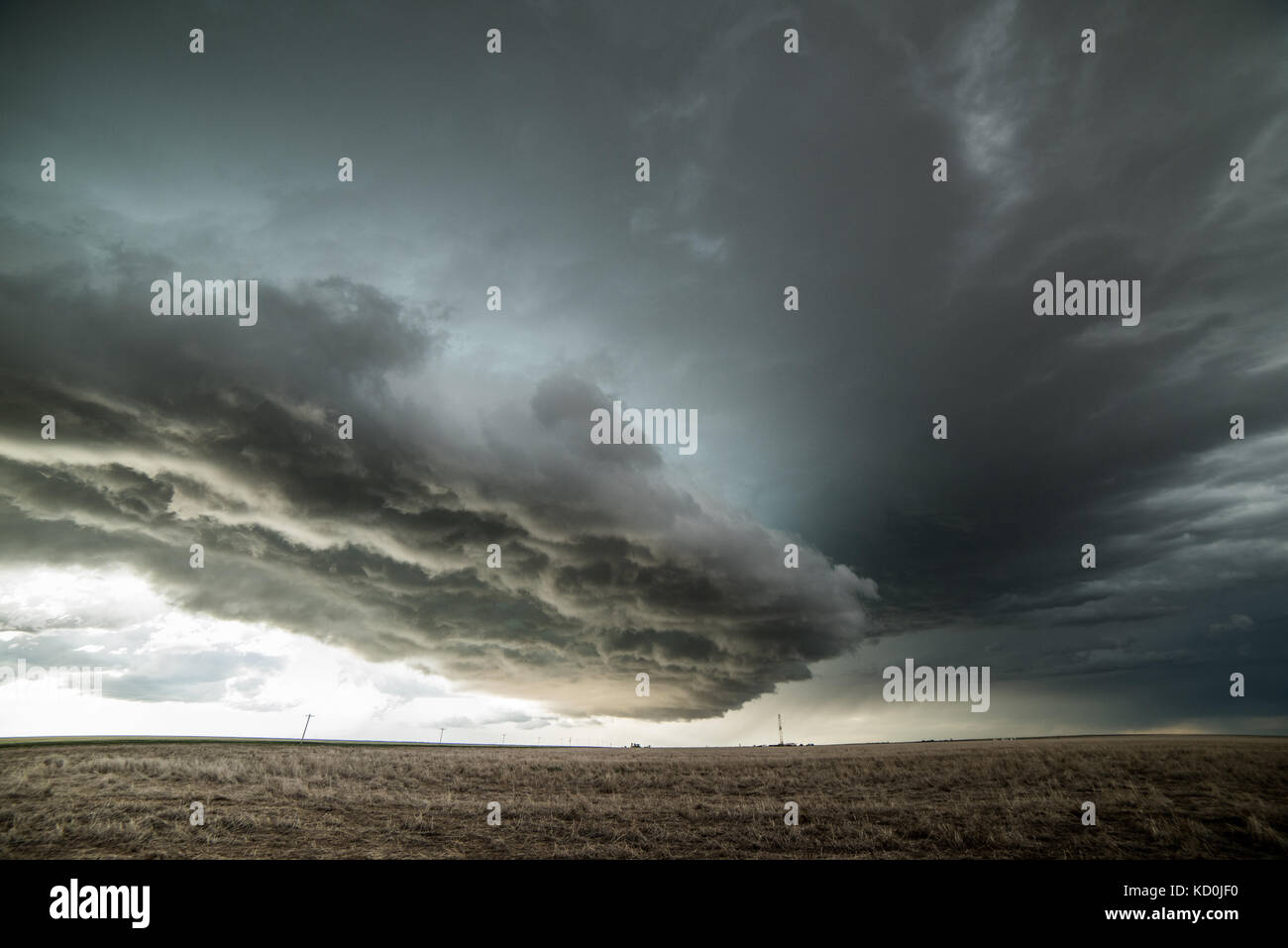 Tornado warned supercell in the eastern Colorado Plains, Yuma, Colorado, USA Stock Photo