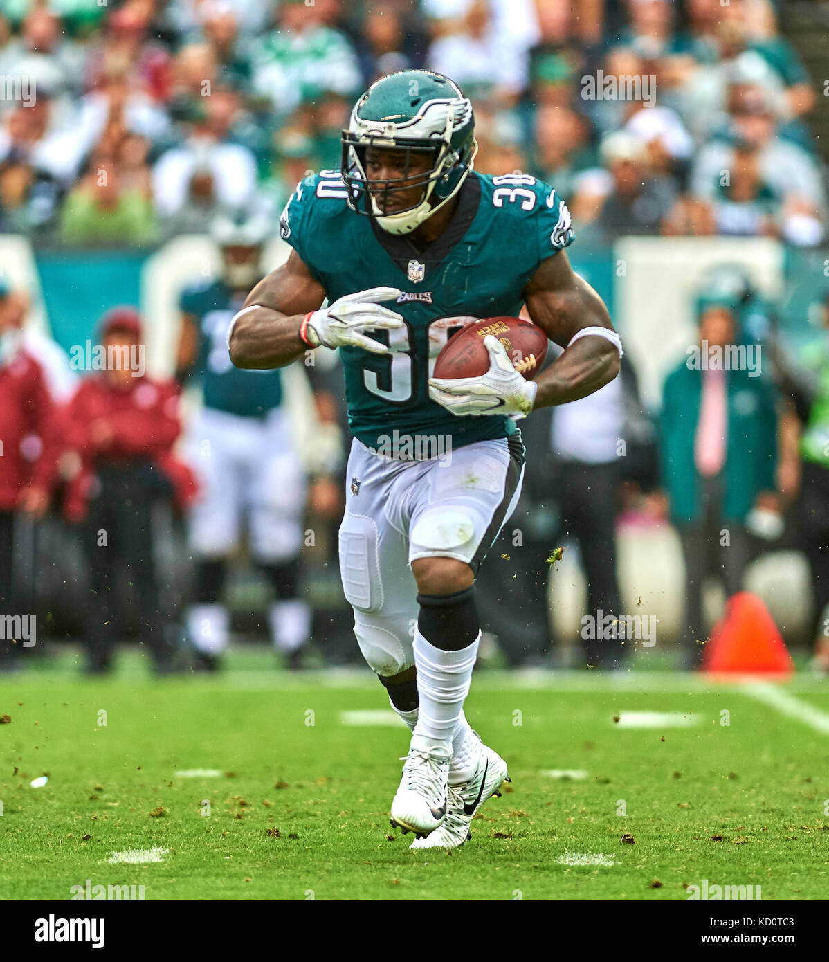 Philadelphia, Pennsylvania, USA. 8th Oct, 2017. Eagles' running back Corey Clement (30) during a NFL game between - Stock Image