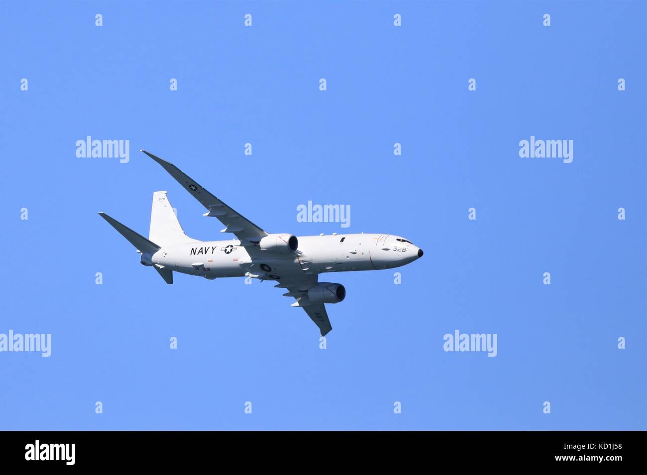 Boeing P-8 Poseidon Navy Aircraft Flies in San Francisco Fleet Week Airshow - Stock Image
