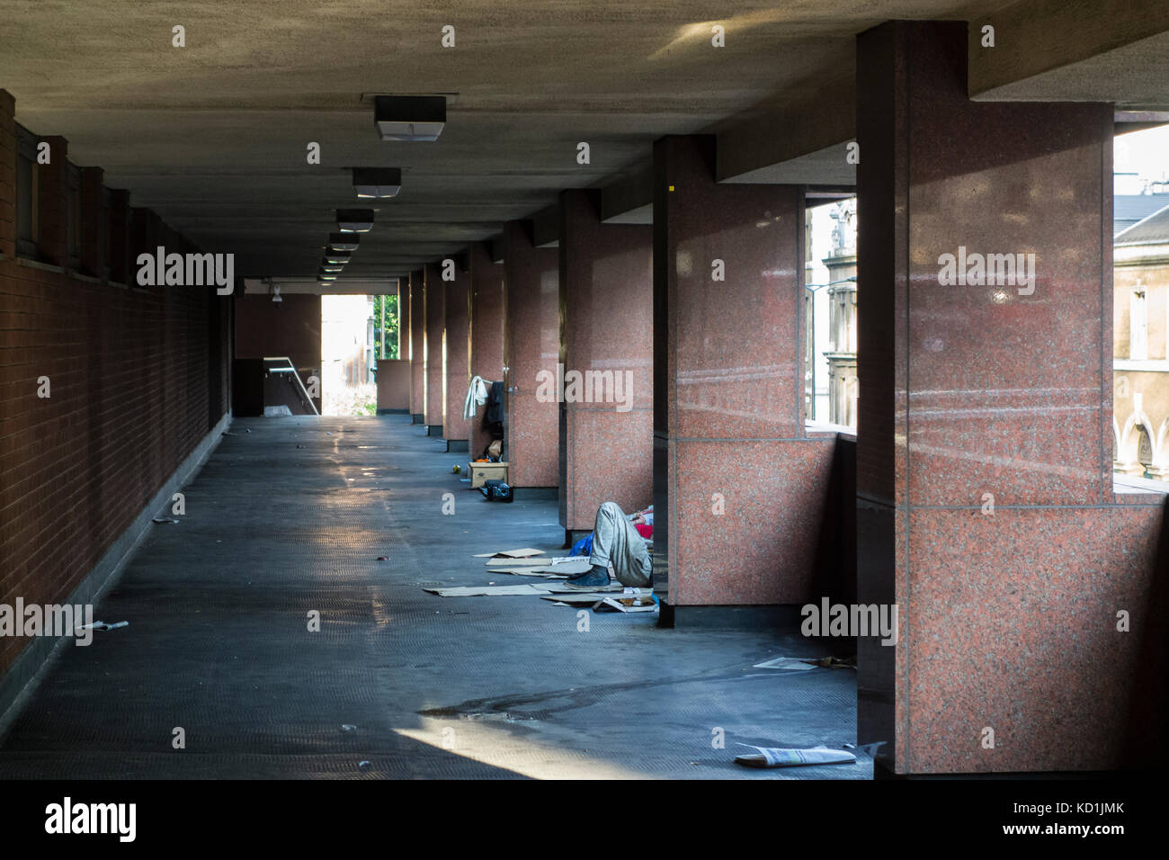 Homeless and rough sleeping on City of London Pedway Scheme, elevated walkways and pavements, Lower Thames Street, - Stock Image