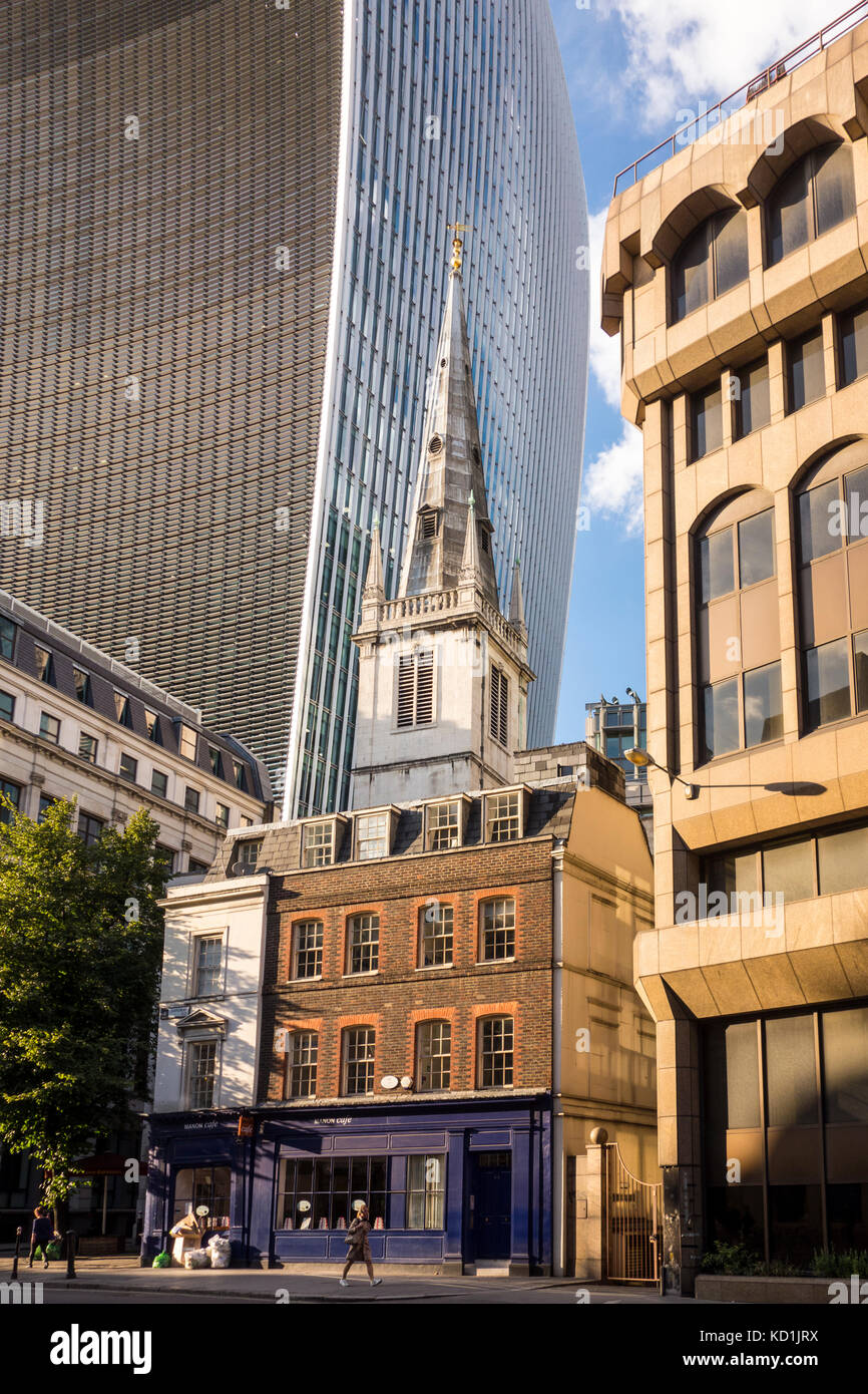 Saint Margaret Pattens Church of England with 20 Fenchurch Street (Walkie Talkie building) in the bacjround) - Stock Image