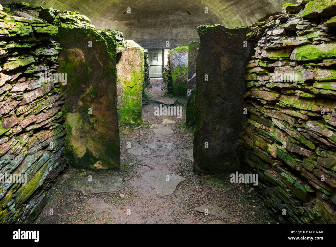 The Knowe of Yarso Chambered Cairn, Rousay, Orkney Islands, Scotland, UK. - Stock Image