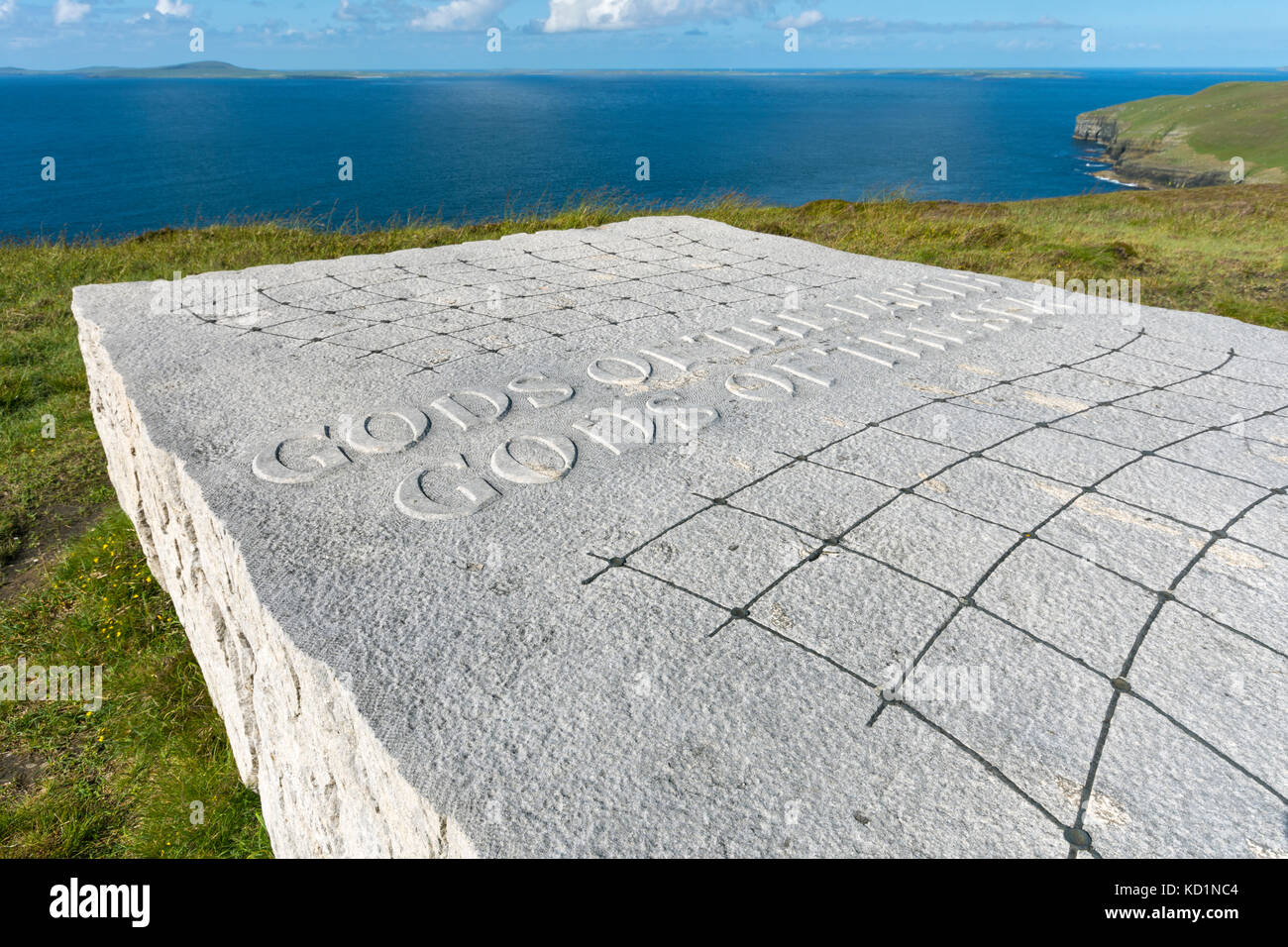 'Gods of the Earth, Gods of the Sea', a sculpture by Ian Hamilton Finlay. Saviskaill Bay, near Faraclett - Stock Image