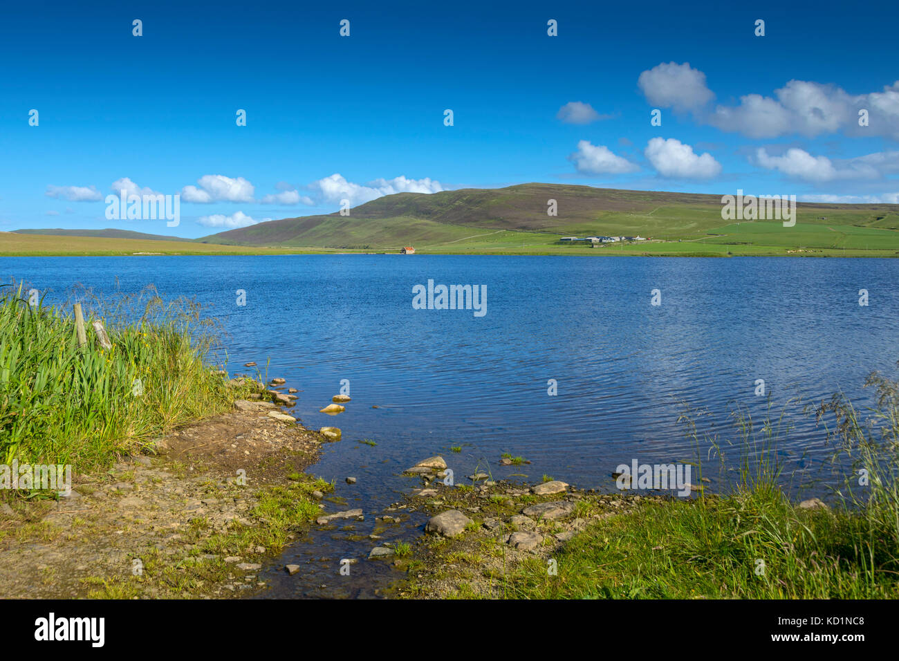 Kierfea Hill over the Loch of Wasbister, Rousay, Orkney Islands, Scotland, UK. - Stock Image