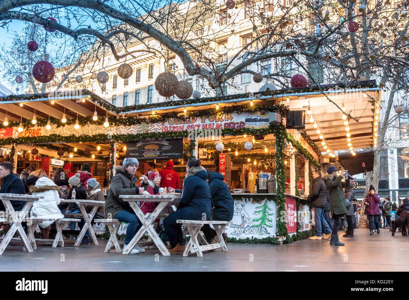 Vorosmarty Square Budapest Christmas Market.Christmas Market On Vorosmarty Square Budapest Stock Photo