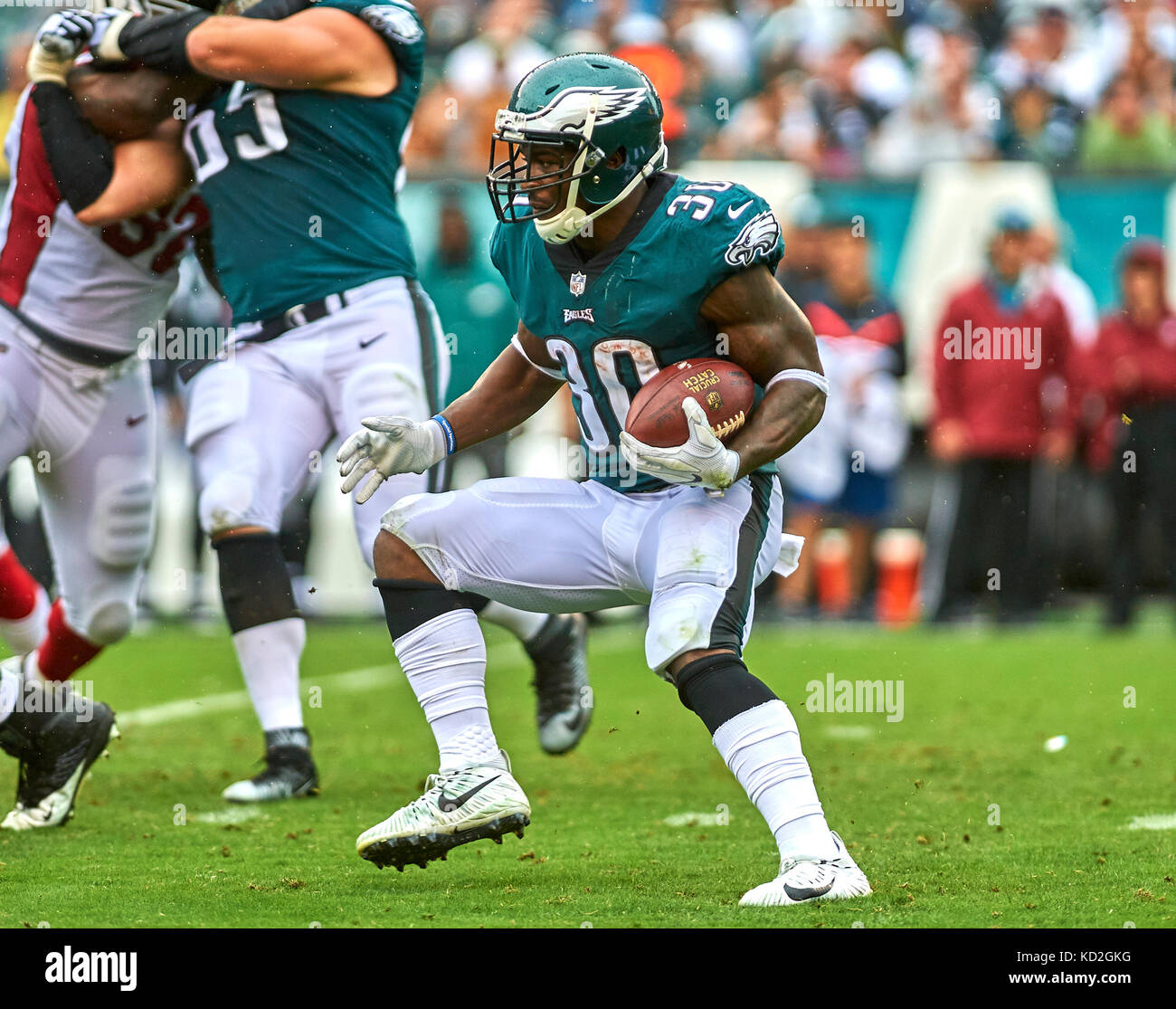 October 9, 2017 - Philadelphia, Pennsylvania, U.S. - Eagles' running back Corey Clement (30) looks for running - Stock Image