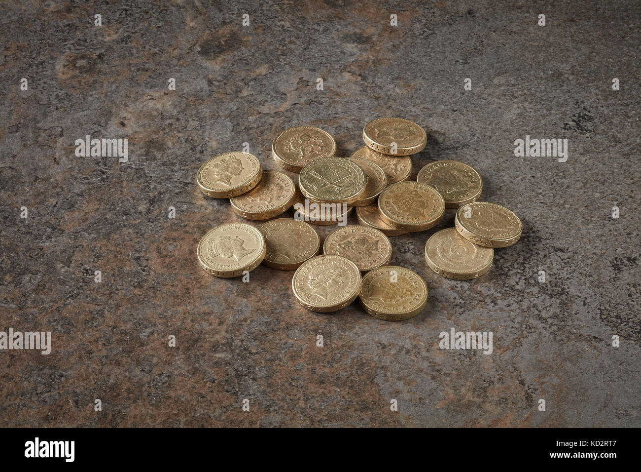 Old style One Pound Coins Cease to be legal tender after 15th October 2017 Stock Photo