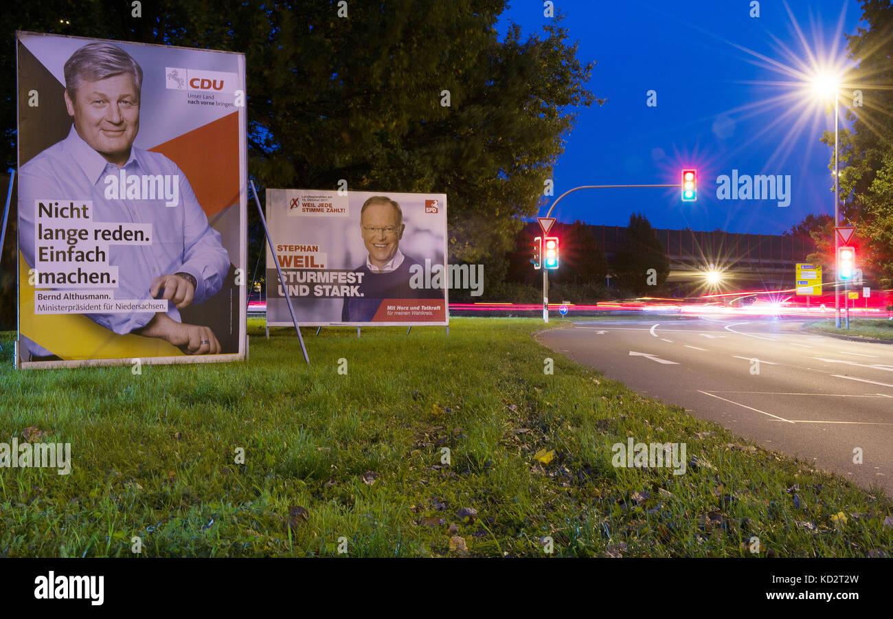 Hanover, Germany. 09th Oct, 2017. Wahlplakate mit den Porträts von Ministerpräsident Stephan Weil (SPD, - Stock Image