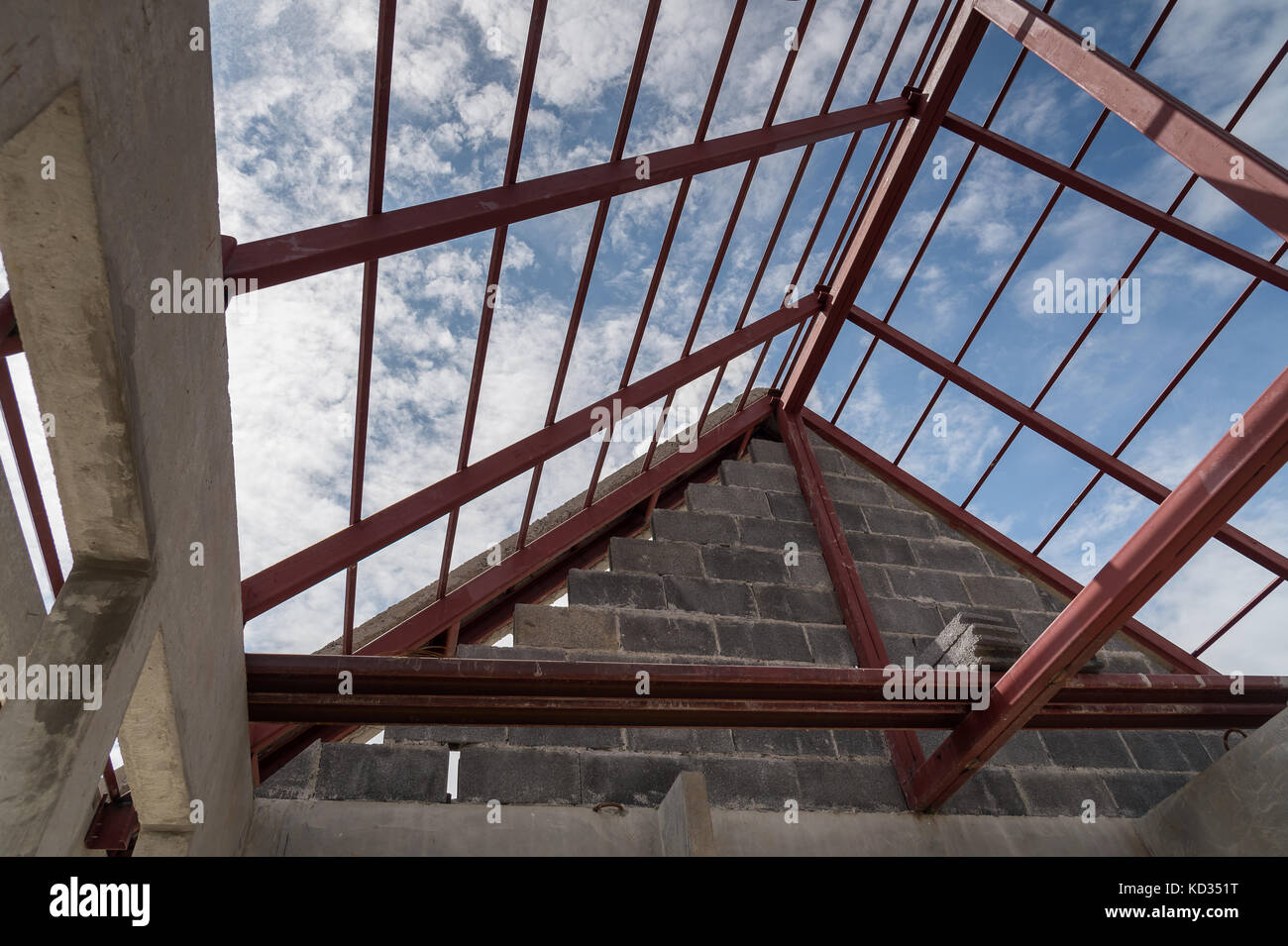 Structural Steel Roof Beam Of Building Residential Construction Stock Photo Alamy