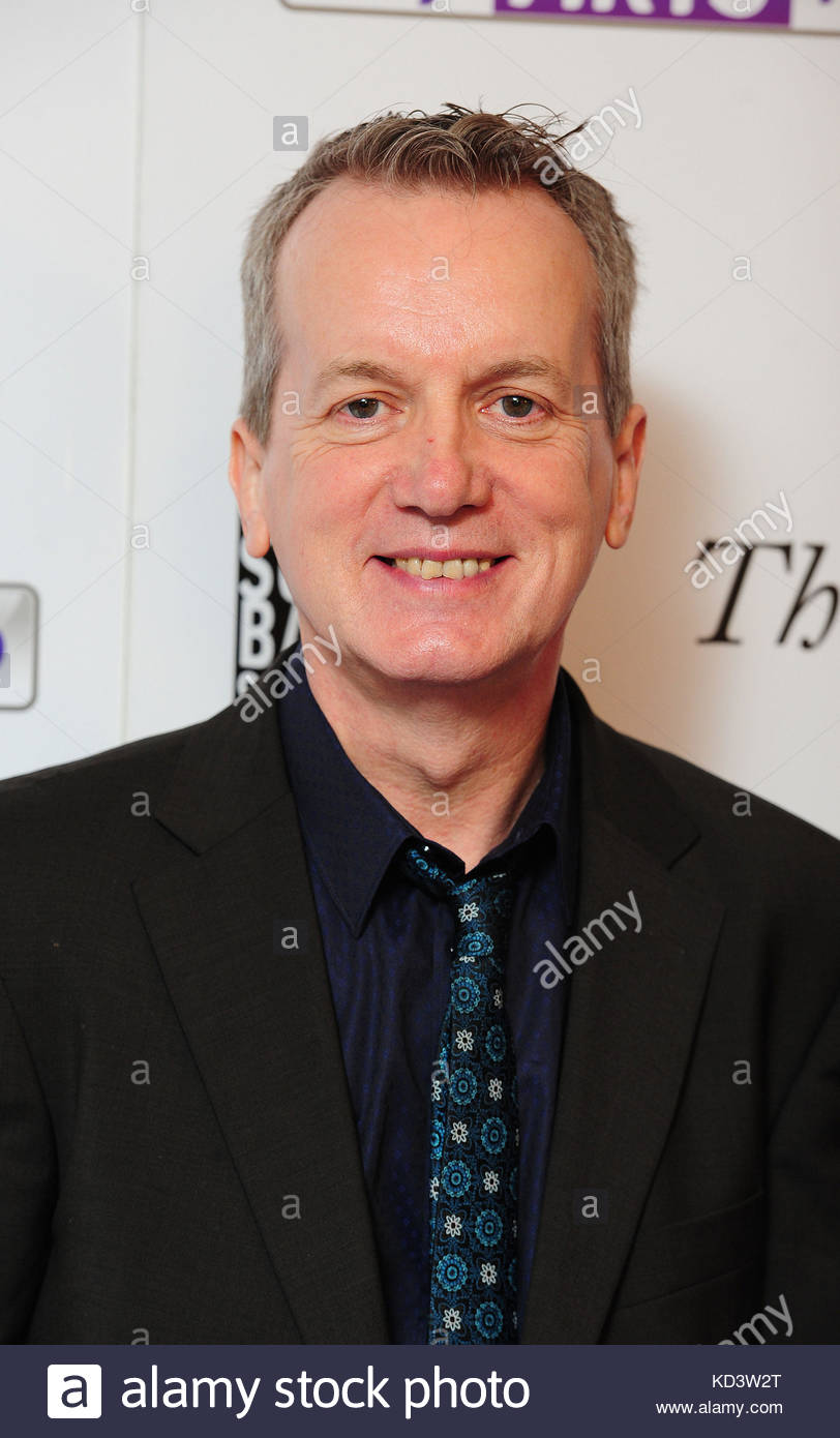 Embargoed to 0001 Tuesday October 10 File photo dated 27/04/14 of Frank Skinner who has hit out at snobbery over - Stock Image