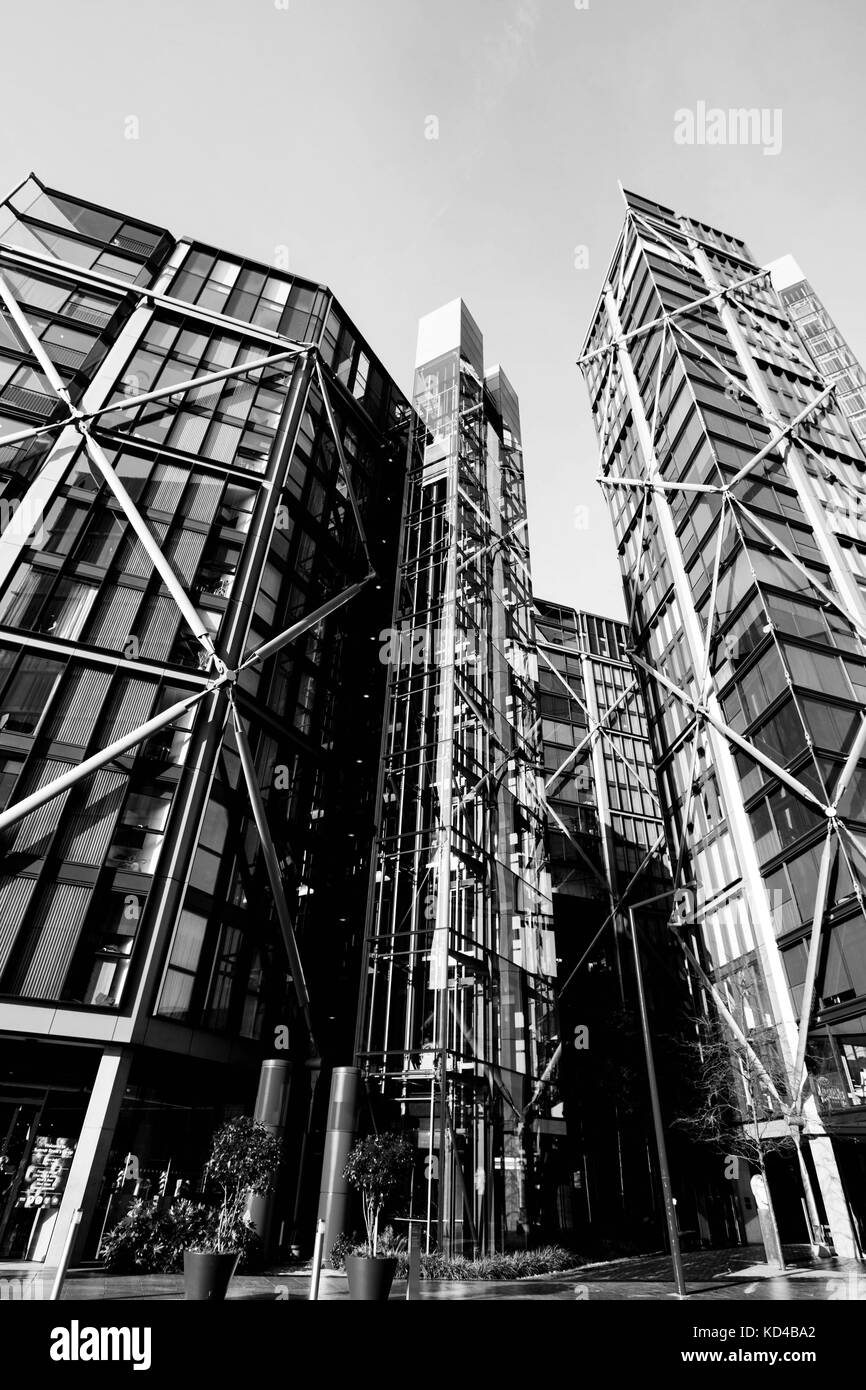 Black and White Monochrome Image of Top End luxury Apartments in Southwalk London On The Soutrh Bank Of The River - Stock Image