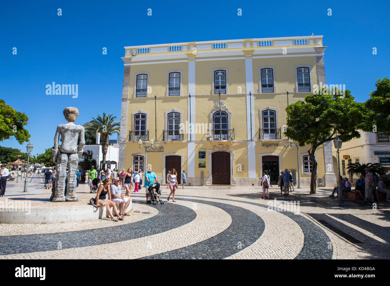 Square old town lagos stock photos square old town lagos stock images alamy - Tourist office lagos portugal ...