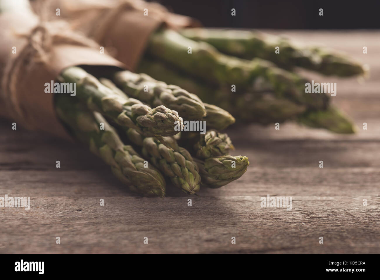 bunches of fresh asparagus - Stock Image