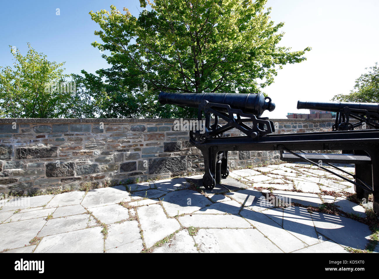 Cannons on defensive city walls in Quebec City, Canada - Stock Image