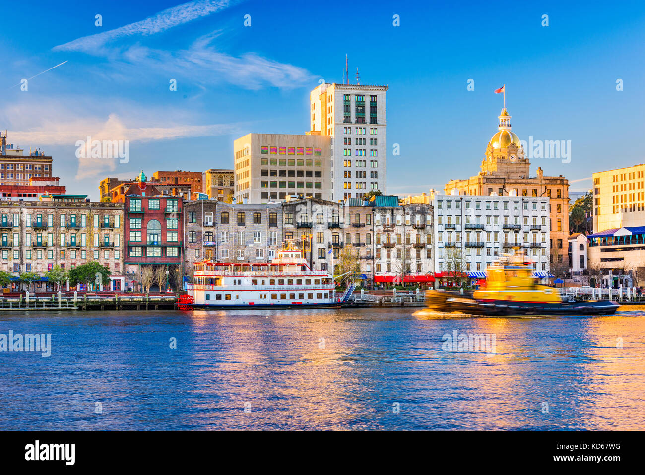 Savannah, Georgia, USA riverfront skyline. - Stock Image