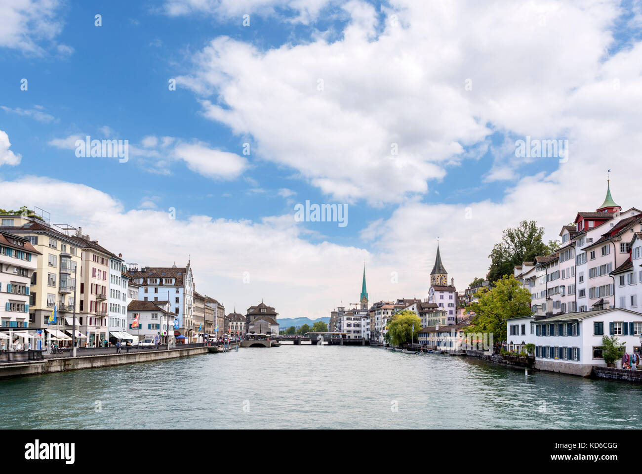 View of the old town and River Limmat from the Rudolf-Brun-Brücke, Zürich, Lake Zurich, Switzerland - Stock Image