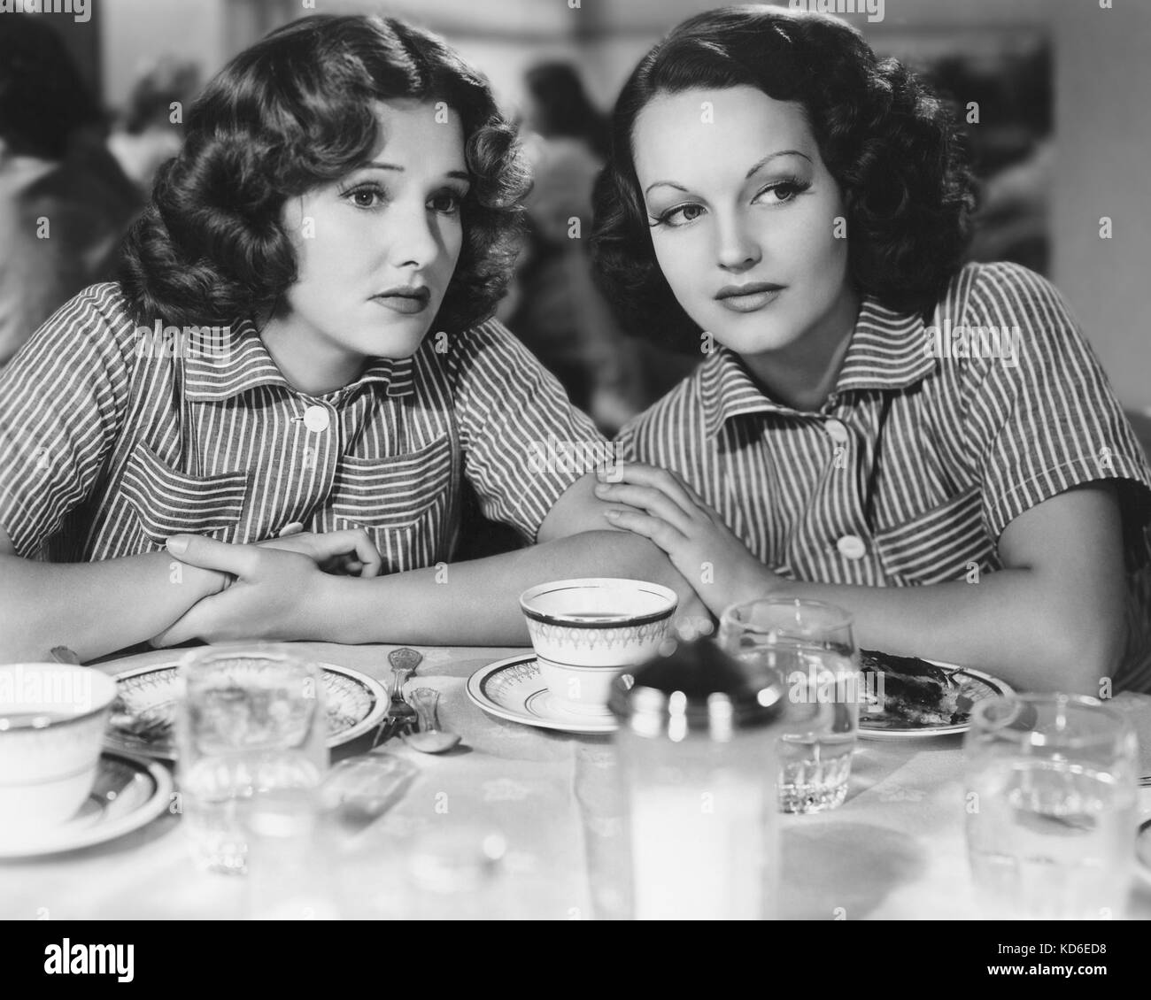 CONVICTED WOMAN 1940 Columbia Pictures film with  Rochelle Hudson at left and Lola Lane - Stock Image