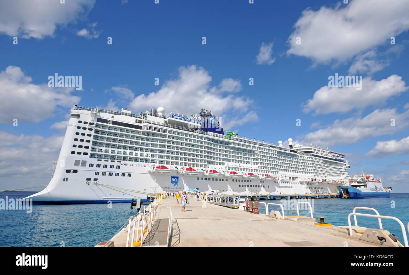 Norwegian Cruise Line Caribbean Stock Photos Amp Norwegian Cruise Line Caribbean Stock Images Alamy