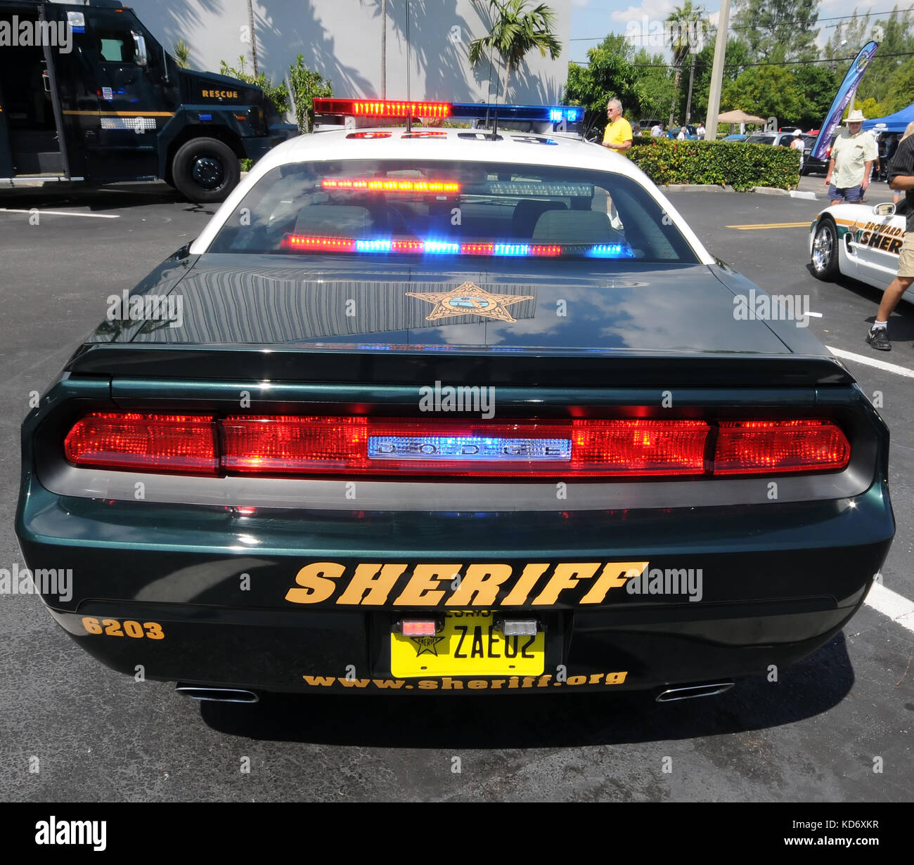 Video Broward County Police Officers Uninterested: County Sheriff Stock Photos & County Sheriff Stock Images