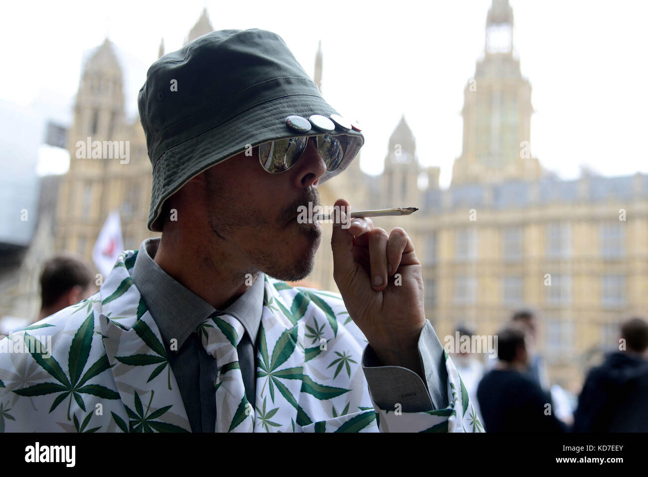 Cannabis Patients Alliance: Drugs Smoke Stock Photos & Drugs Smoke Stock Images
