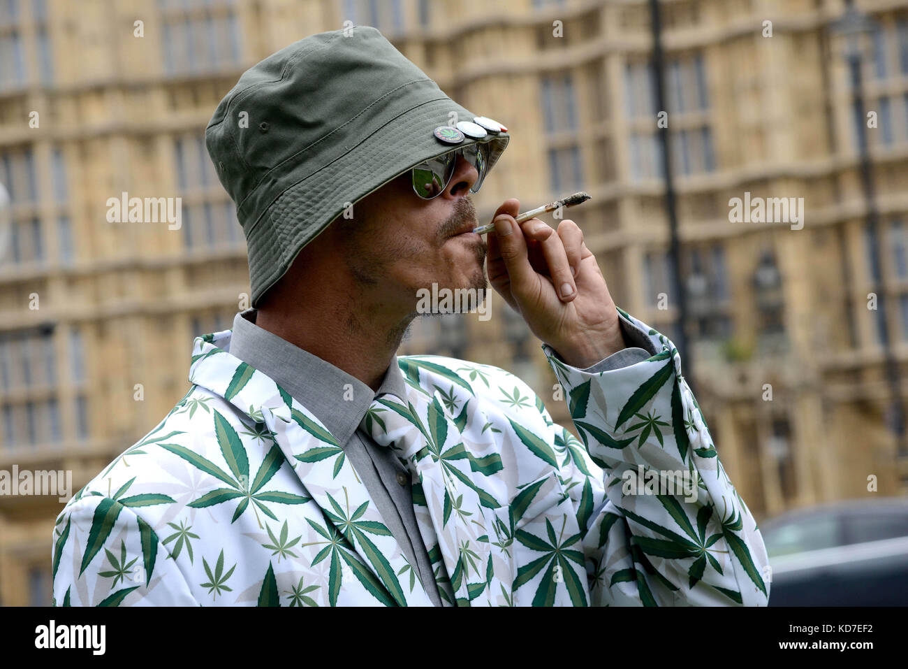 Cannabis Patients Alliance: Marijuana Joint Smoke Stock Photos & Marijuana Joint Smoke