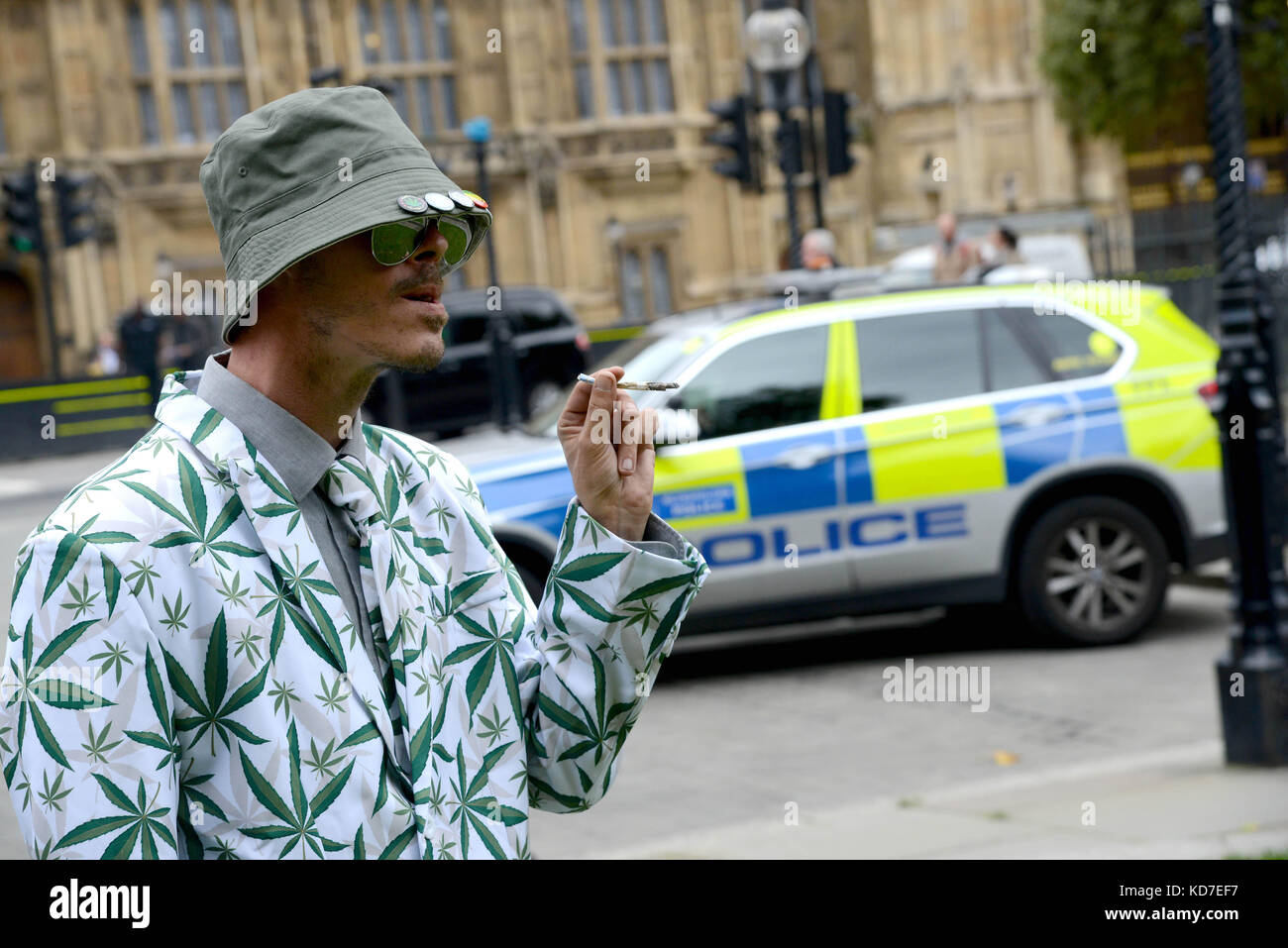 Cannabis Patients Alliance: Dope Smoker Stock Photos & Dope Smoker Stock Images
