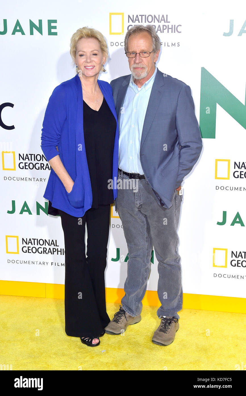 Jean Smart And Her Husband Richard Gilliland Attend The Premiere Of Stock Photo Alamy Shot to tv success as charlene frazier on five seasons of designing women. https www alamy com stock image jean smart and her husband richard gilliland attend the premiere of 163049605 html