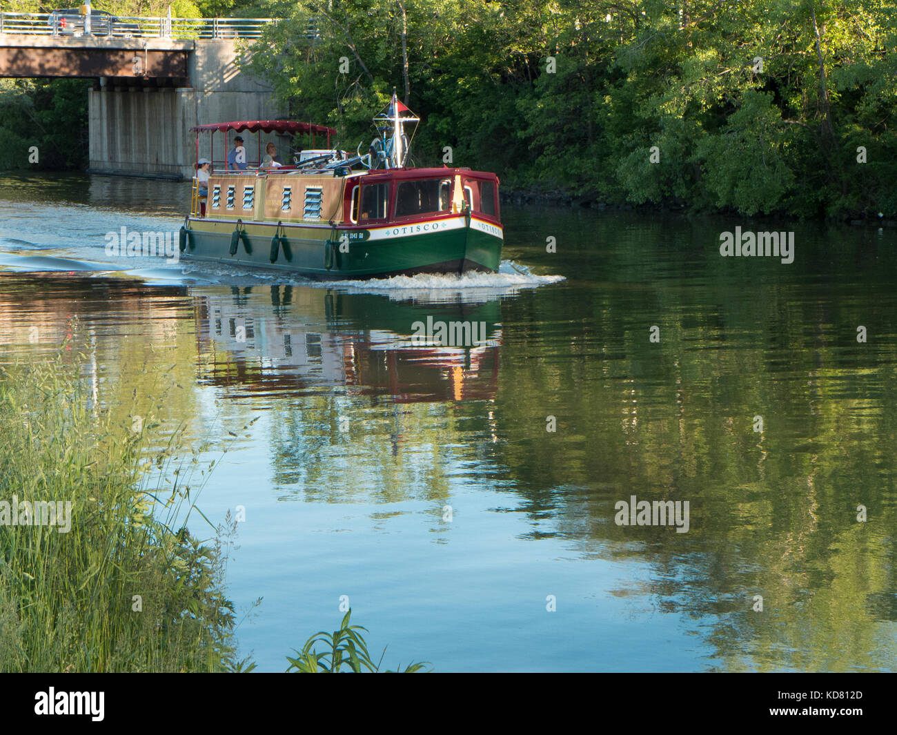Houseboat Rental Stock Photos Amp Houseboat Rental Stock