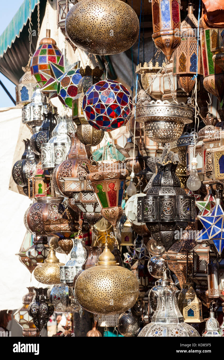 Traditionally crafted ornate moroccan lampshades at Marrakesh market stand - Stock Image