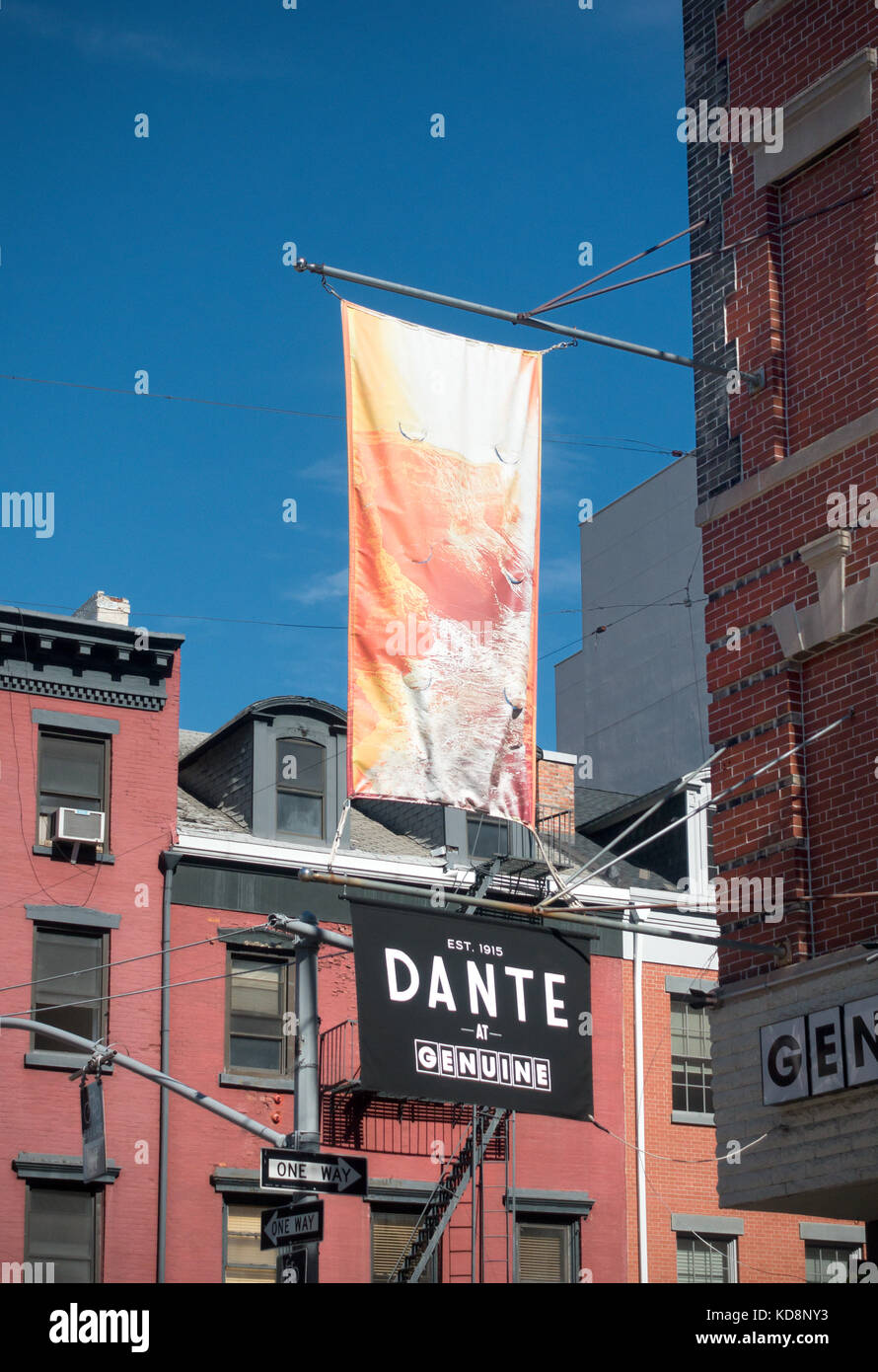 Dante at Genuine, a cocktail bar in Little Italy - Stock Image