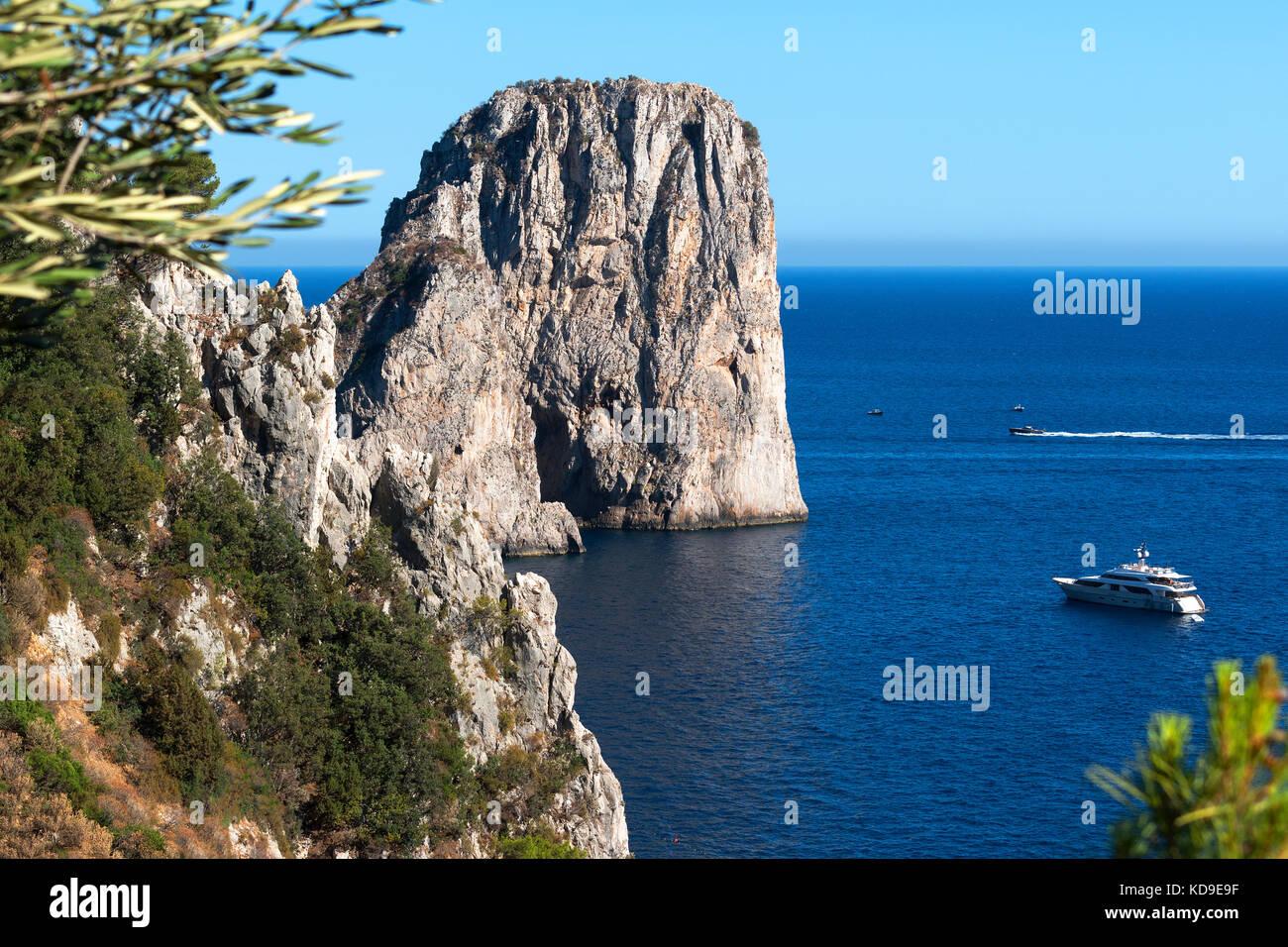 the famous faraglioni rocks off the island of capri in the bay of naples, italy - Stock Image